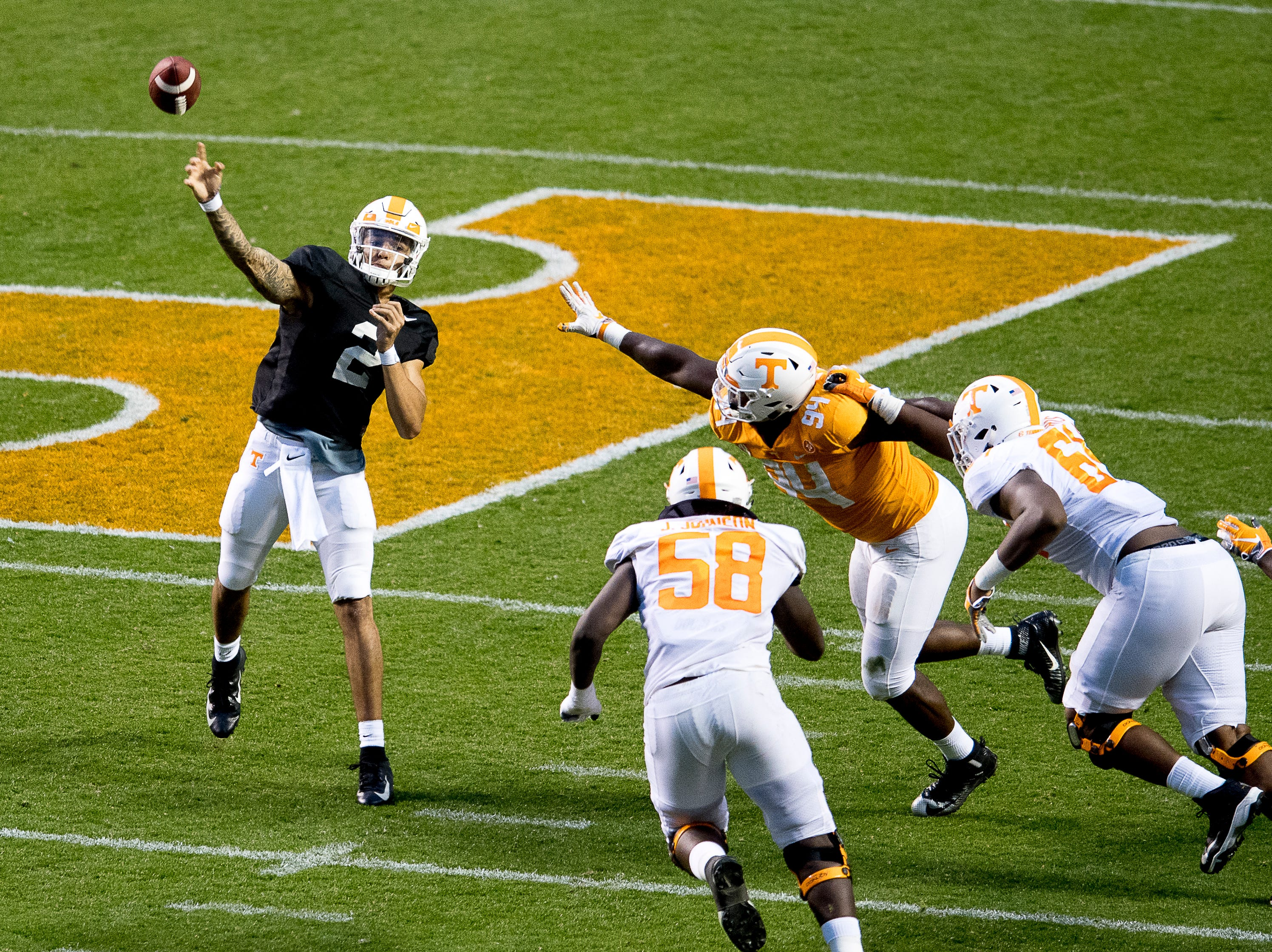 Tennessee quarterback Jarrett Guarantano (2) throws a pass during the Tennessee Spring Game at Neyland Stadium in Knoxville, Tennessee on Saturday, April 13, 2019.