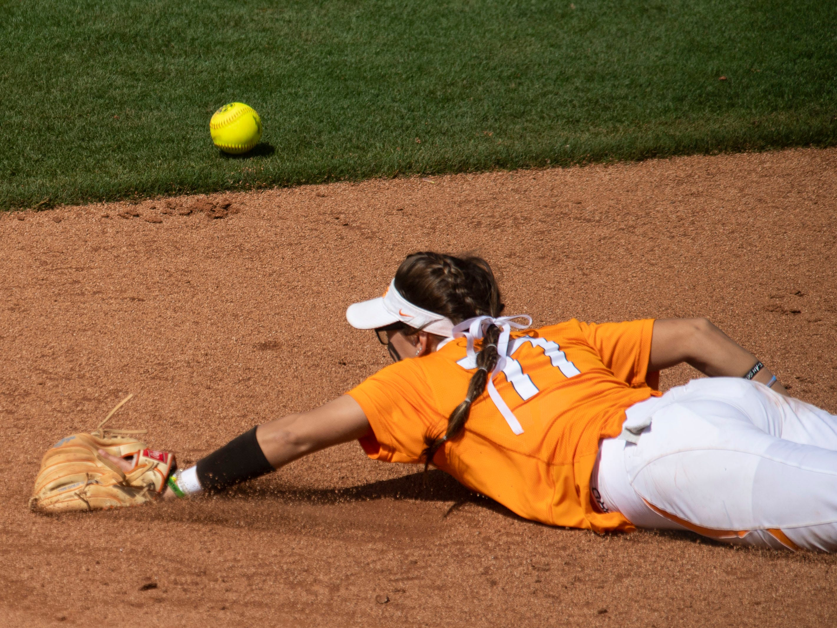 The ball gets past Tennessee's Gracie Osbron (77) during the game against Mississippi State at Sherri Parker Lee Stadium on Sunday, April 14, 2019.