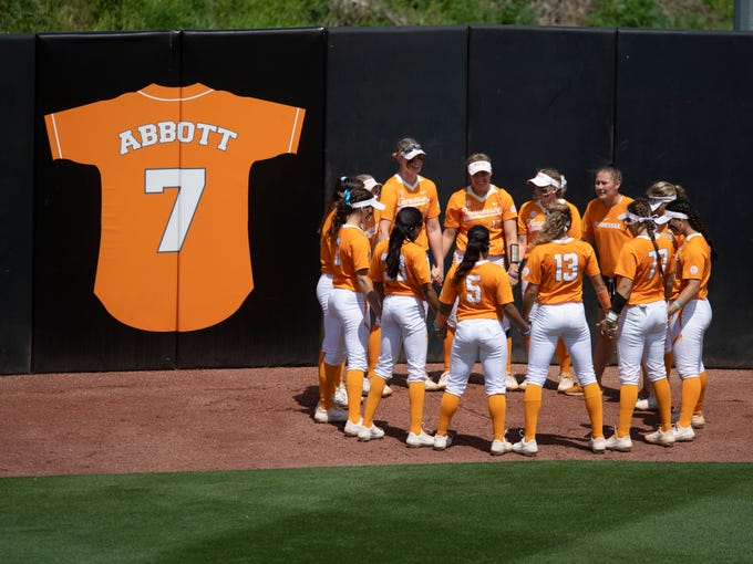 Tennessee players gather before the start of the game against Mississippi State at Sherri Parker Lee Stadium on Sunday, April 14, 2019.