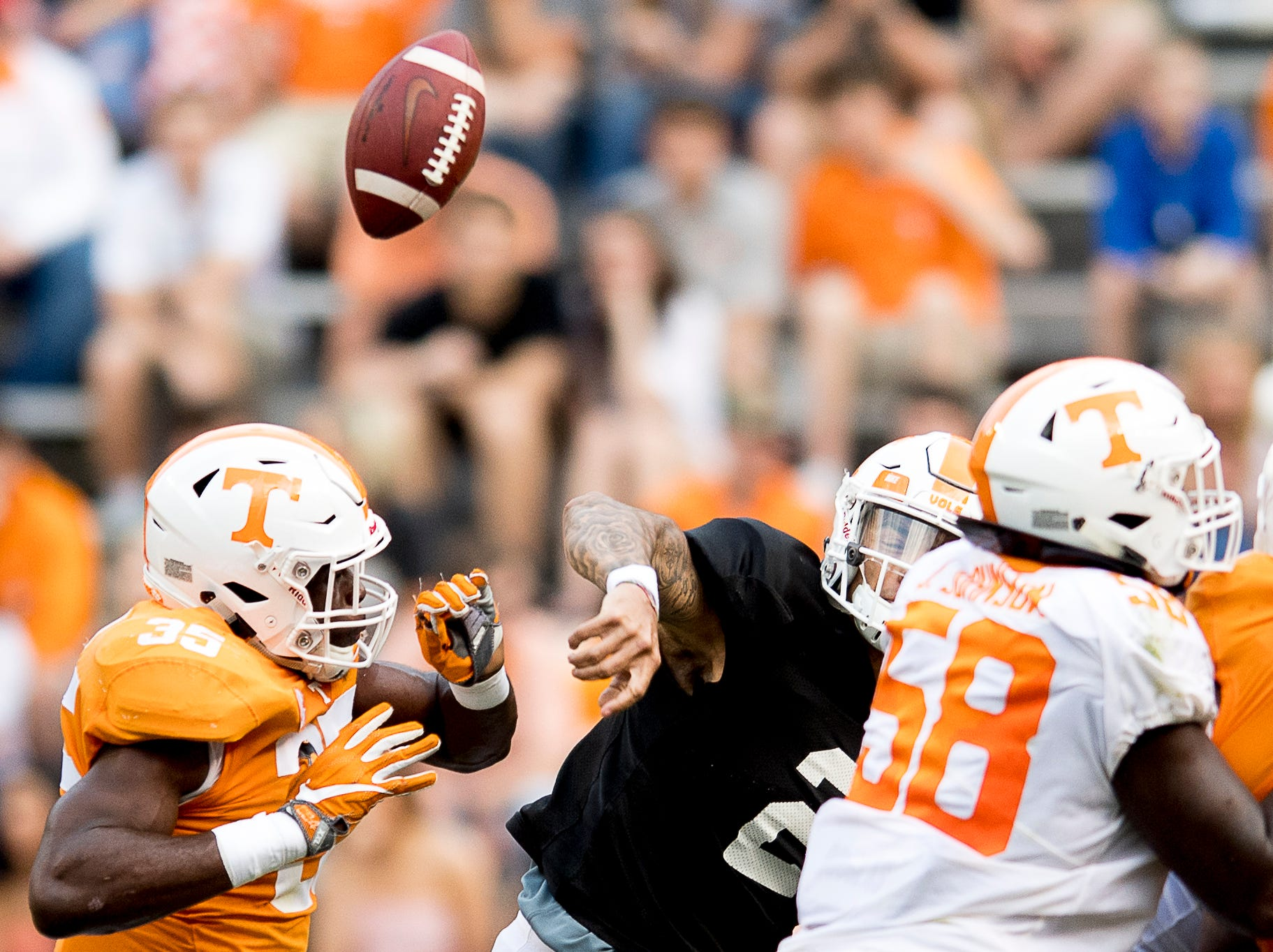 Tennessee quarterback Jarrett Guarantano (2) flops a pass during the Tennessee Spring Game at Neyland Stadium in Knoxville, Tennessee on Saturday, April 13, 2019.