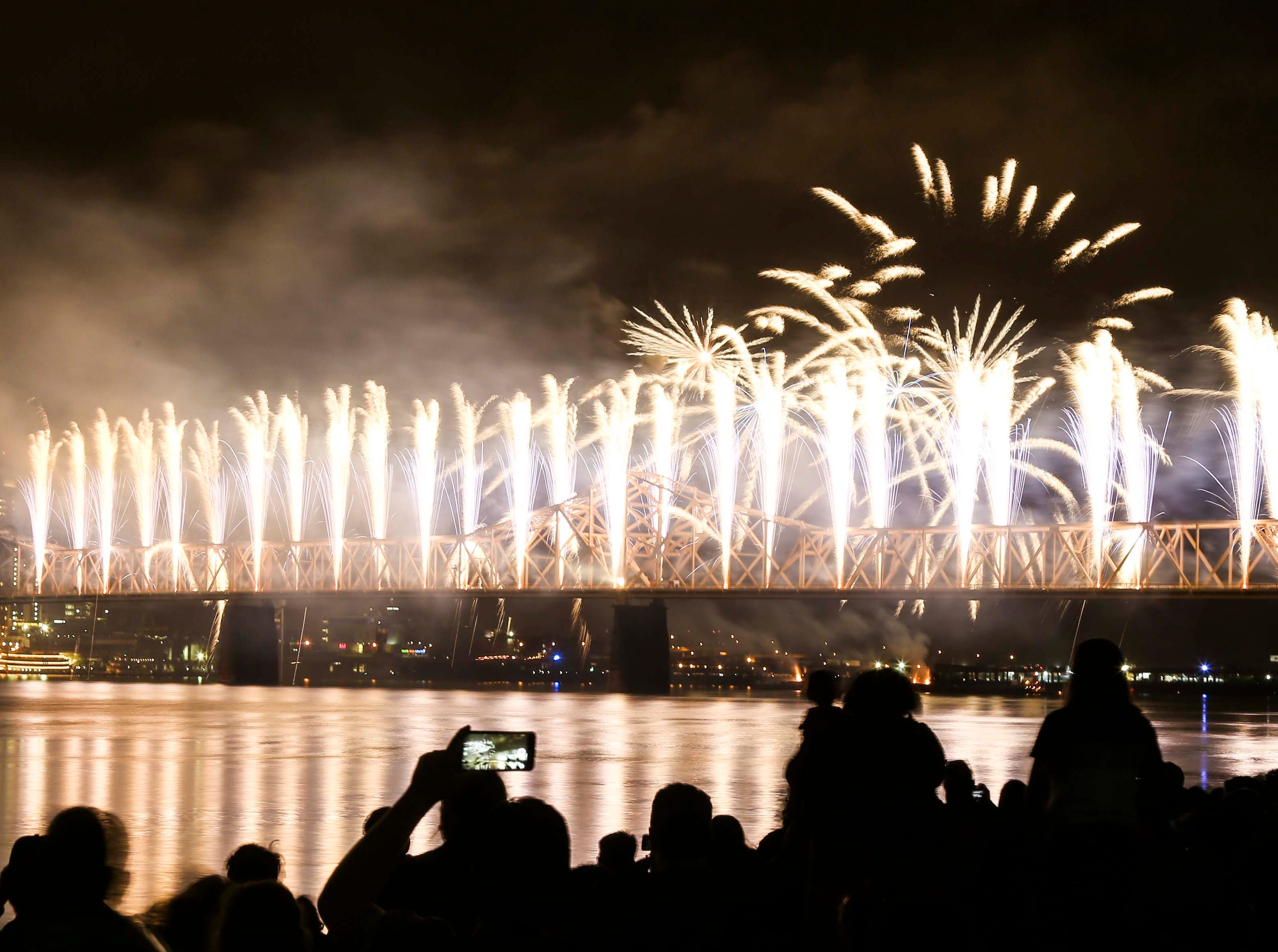 Thousands crowded the shoreline in Jeffersonville and Clarksville to watch the fireworks during 2019 Thunder Over Louisville.  April 13, 2019