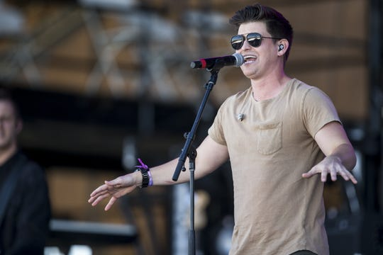 Austin Burke performs on Saturday, April 13, 2019, during Day 3 of Country Thunder Arizona in Florence, Ariz.