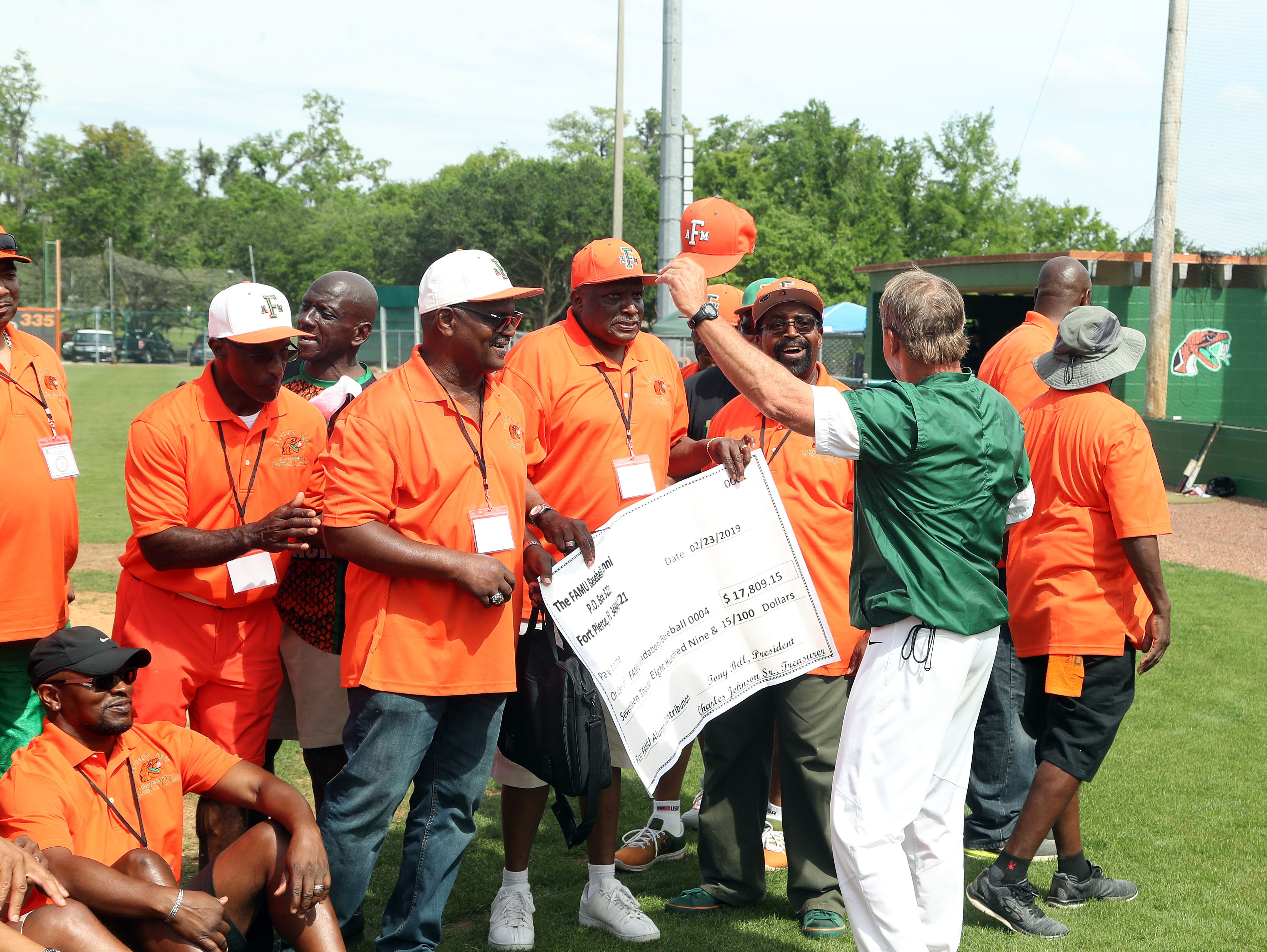 Head coach Jamey Shouppe thanks the FAMU Baseball Alumni Association for raising funds for his team.