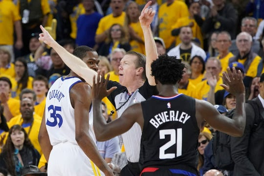 Kevin Durant, Patrick Beverley ejected after late confrontation in Warriors' Game 1 win