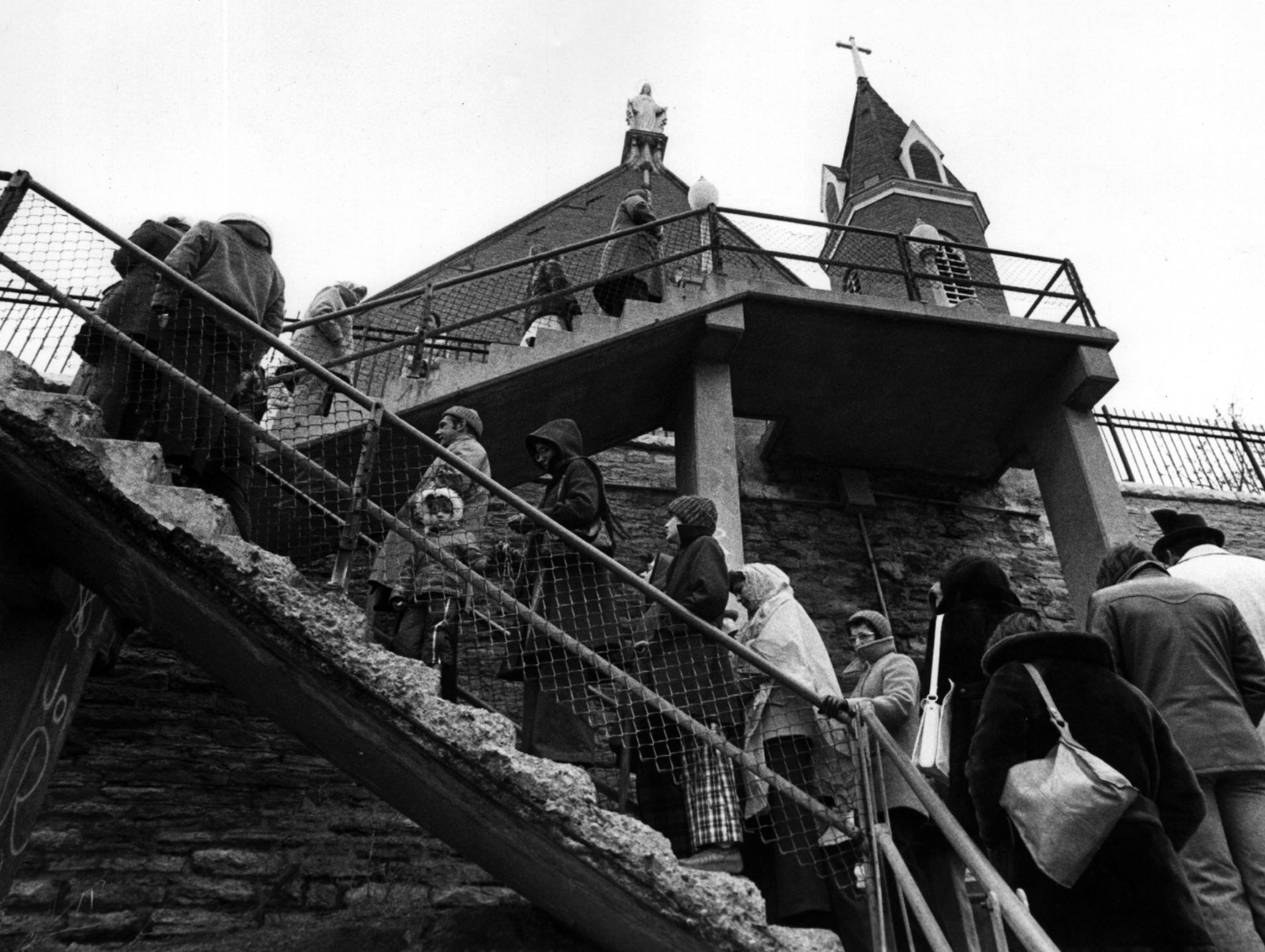 1978: People pray the steps at Immaculata on Good Friday.