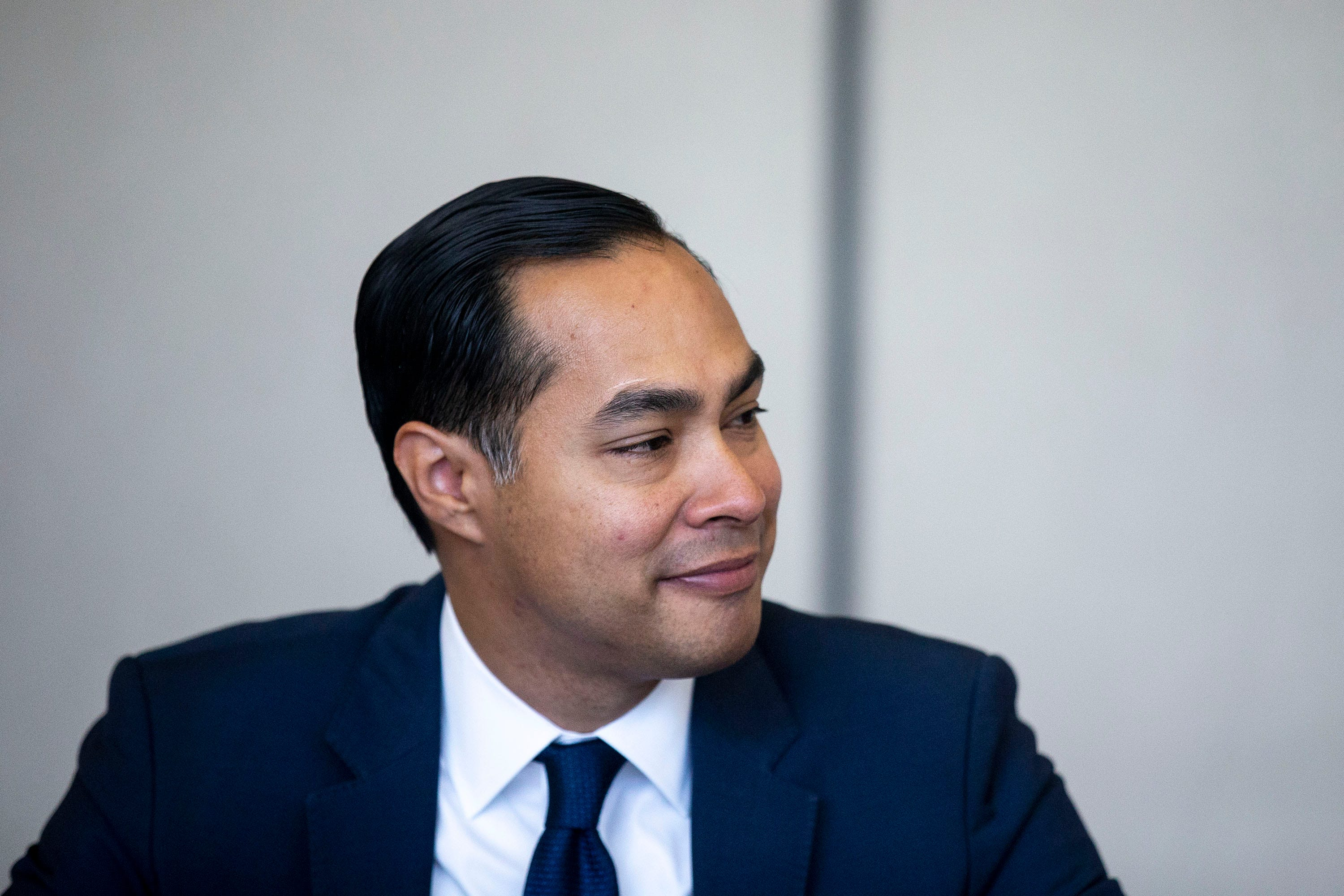 Julián Castro places bet on reaching marginalized communities — both rural and non-white — before Iowa caucuses