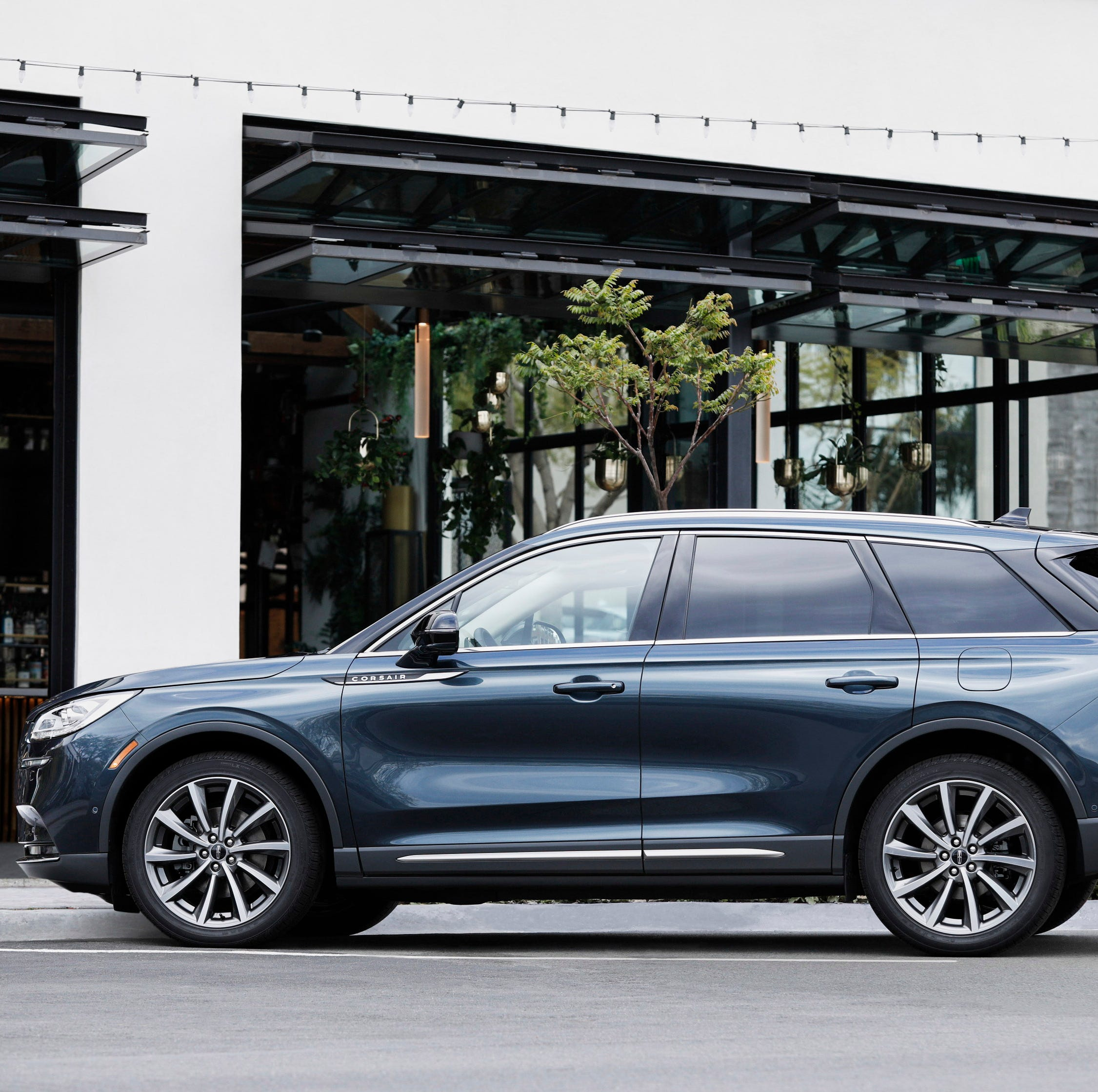 2020 Lincoln Corsair luxury SUV comes at key time for automaker