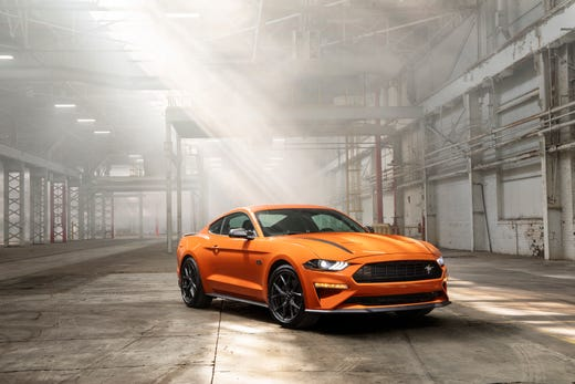 2020 Ford Mustang: Built to race, drive daily with new