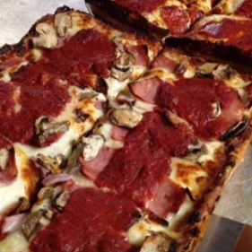 Shield's Pizzeria returns to Detroit with new Midtown location
