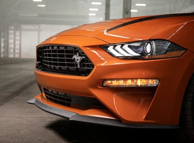 2020 Ford Mustang: Built to race, drive daily with new horsepower