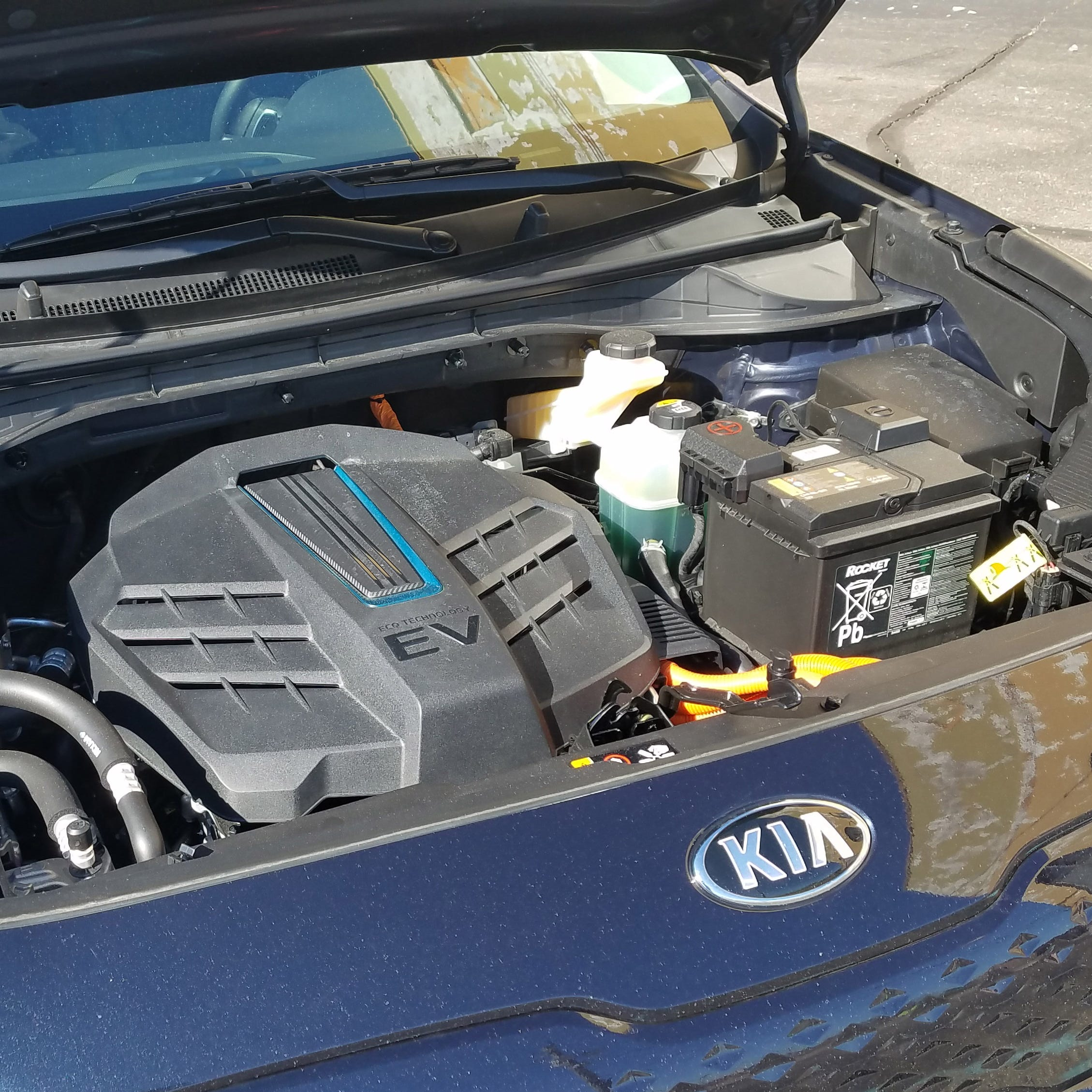 Bill filed to boost U.S. production of electric-car battery minerals