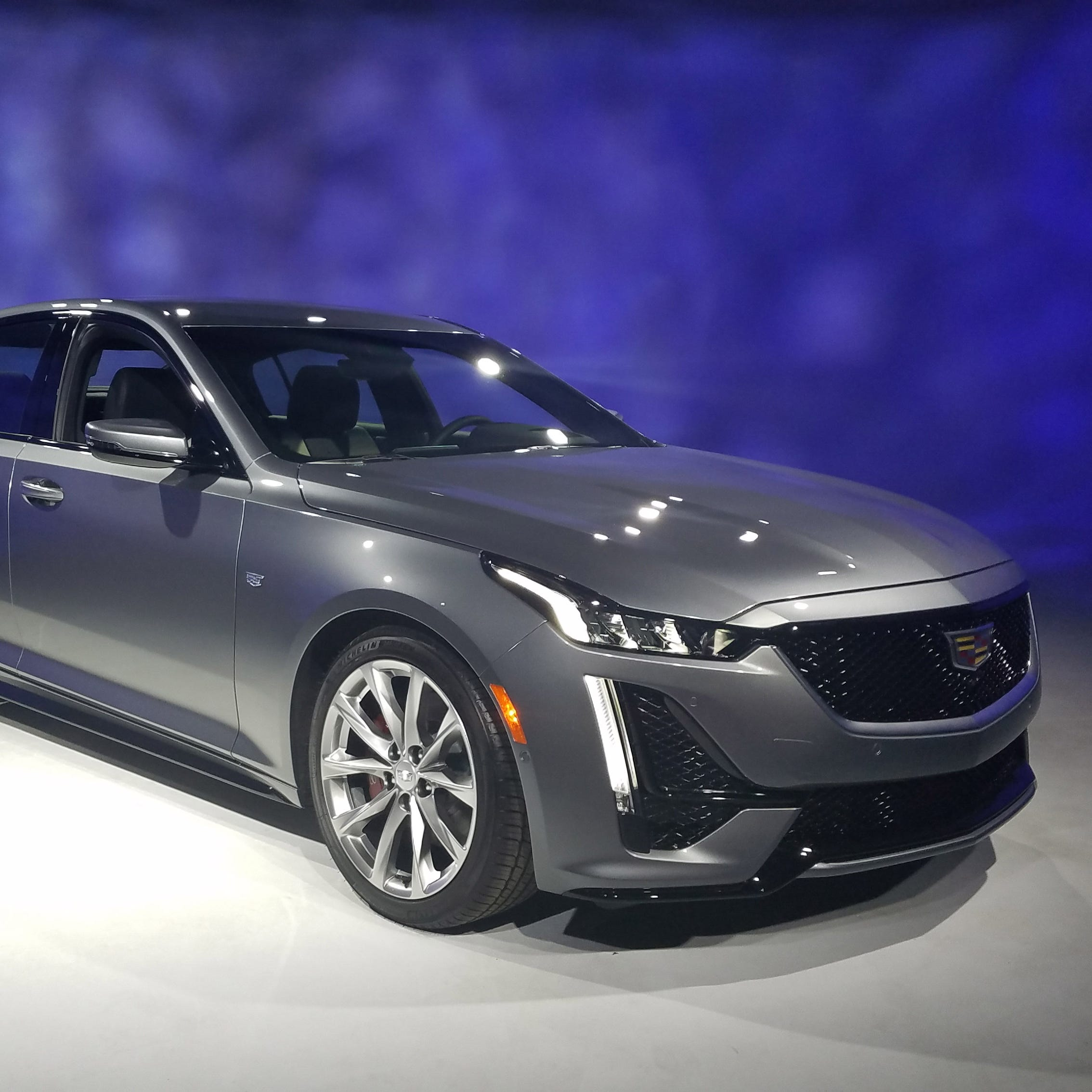 NYC show: Goodbye mid-size Cadillac CTS, hello compact CT5