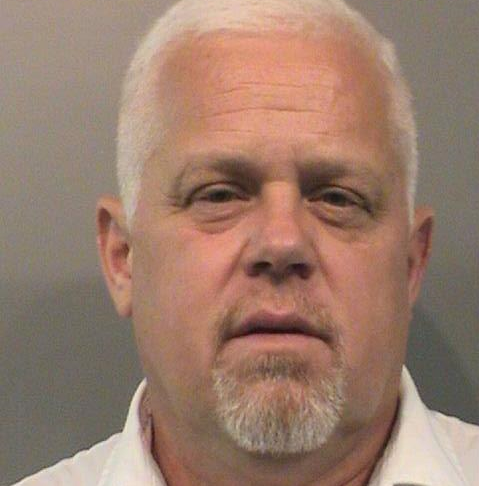 Johnson County prosecutor continues to hold office despite felony pleas