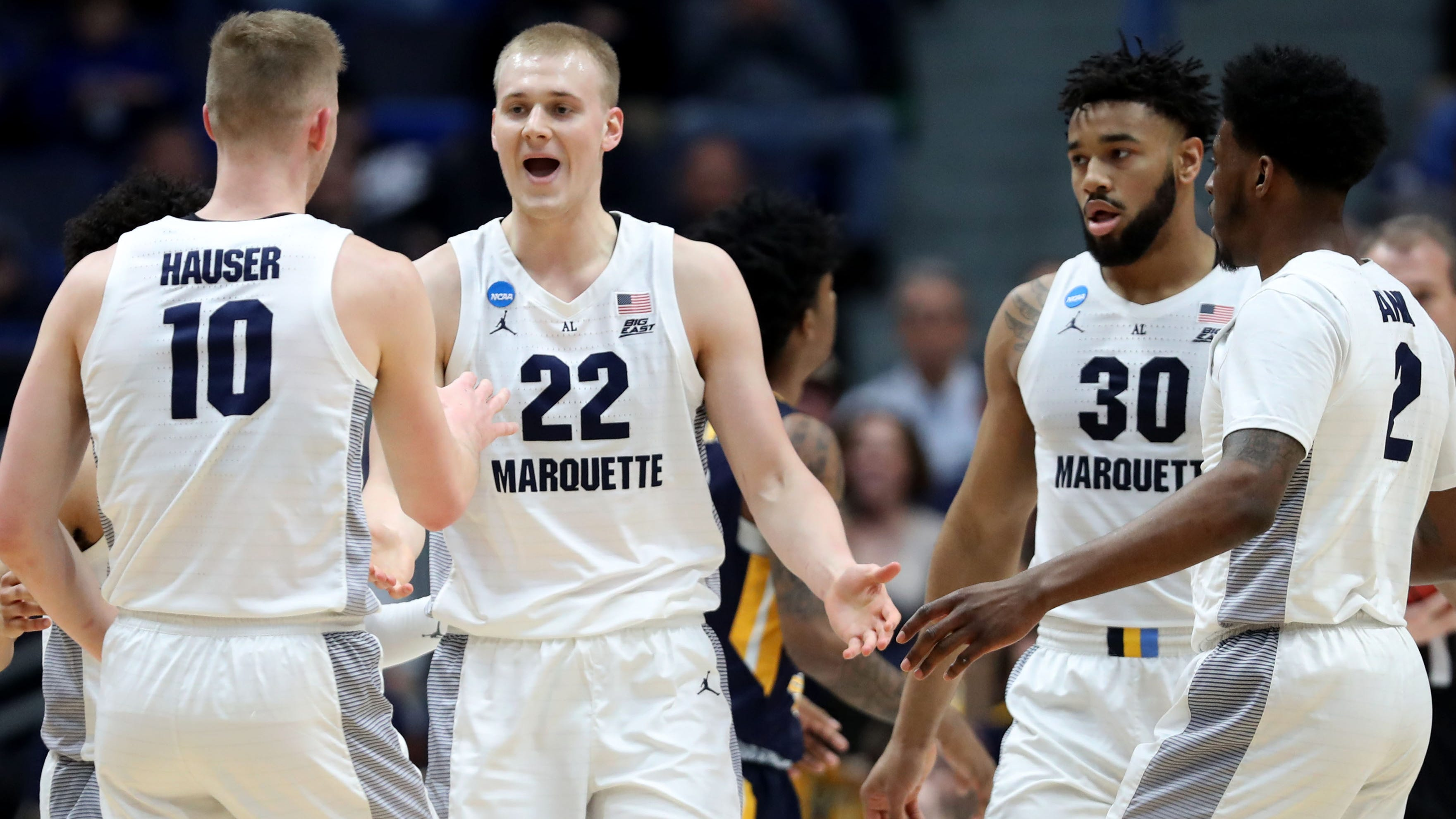 Report: Marquette transfers Sam and Joey Hauser set to visit Iowa