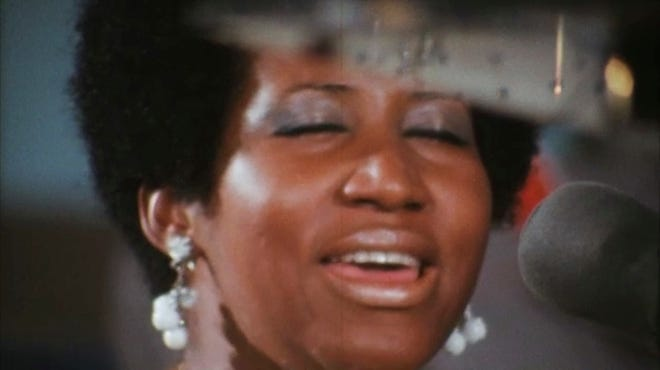 """Aretha Franklin's memorable concert in a Baptist church in Los Angeles in 1972 comes to life on screen in the long-delayed documentary """"Amazing Grace."""""""