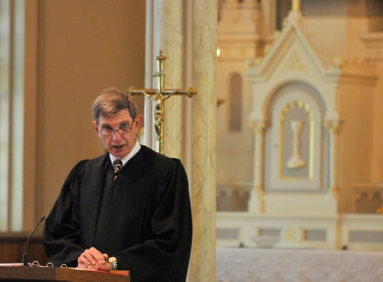 Samuel Welch, former presiding judge of the Alabama Court of Criminal Appeals who retired this year, has been tabbed by the Alabama Supreme Court to oversee the murder trial of Aaron Cody Smith, the Montgomery officer who shot and killed Greg Gunn while on duty in February 2016.   Here, Welch talks during the 38th annual Red Mass for the State of Alabama on Monday, Oct. 3, 2011, at St. Peter Catholic Church in Montgomery, Ala. (Montgomery Advertiser, Lloyd Gallman)