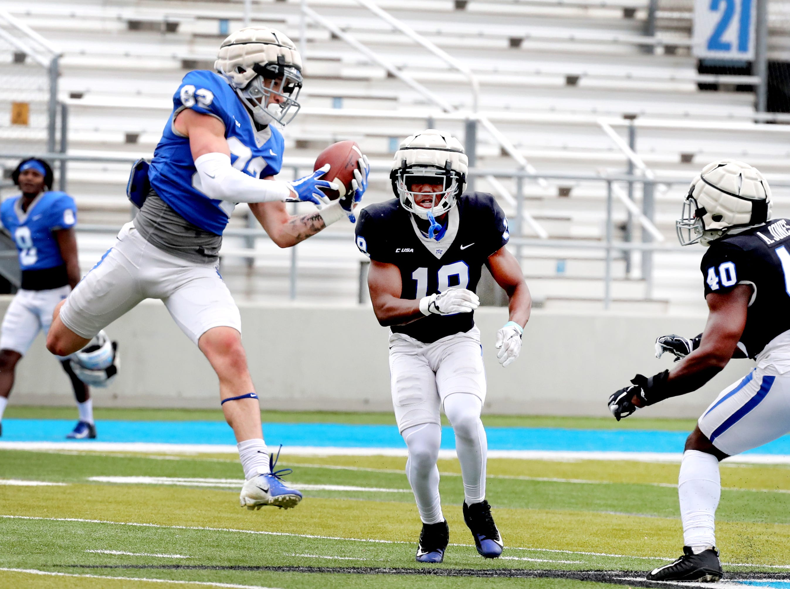 "MTSU's wide receiver Devon Jackson (82) makes a catch during MTSU's Blue-White Spring Finale held on Saturday April 13, 2019, at MTSU's Johnny ""Red"" Floyd Stadium."