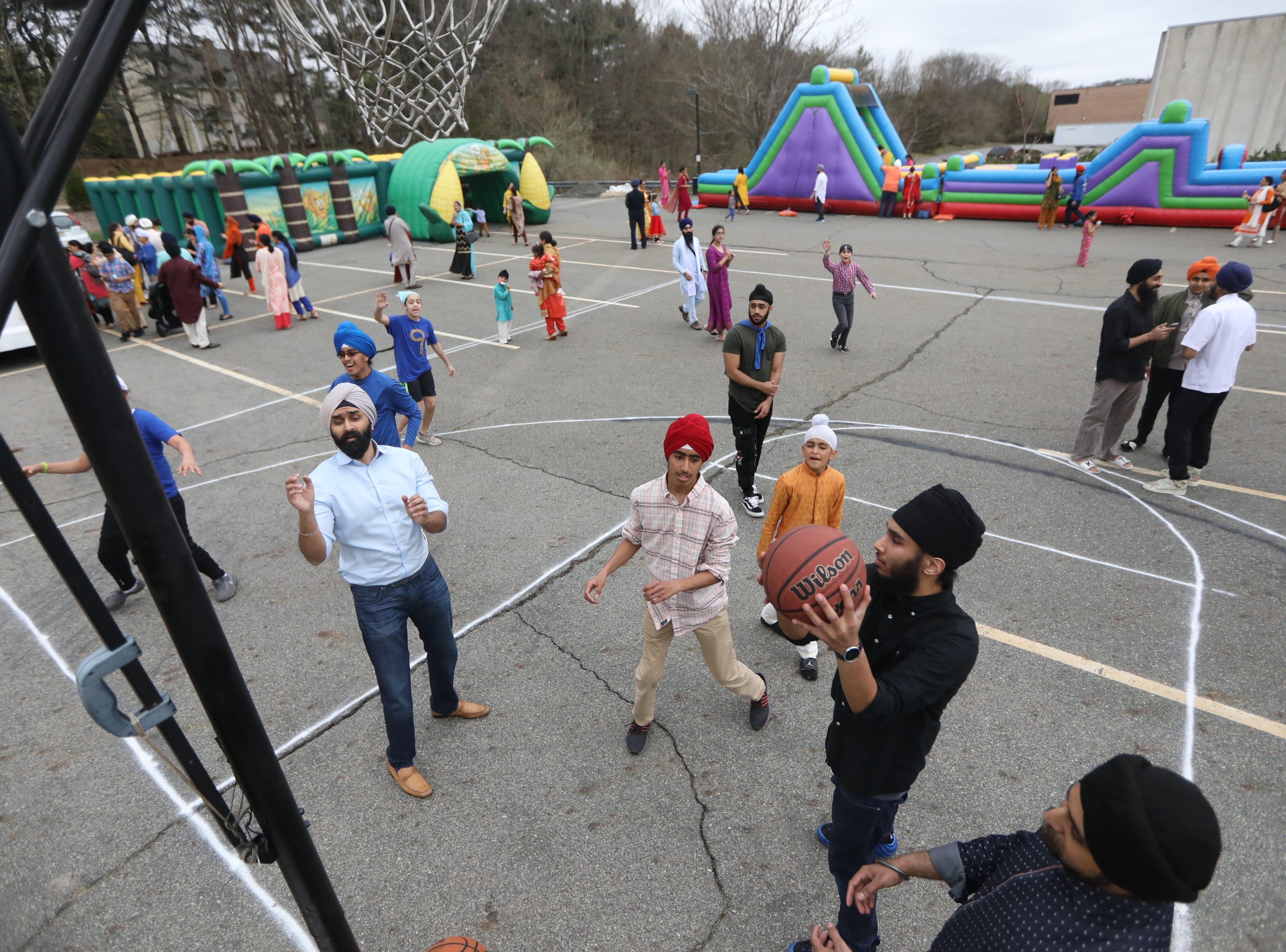 Sikhs celebrate Vaisakhi Festival in Oakland, Sunday, April, 14, 2019.