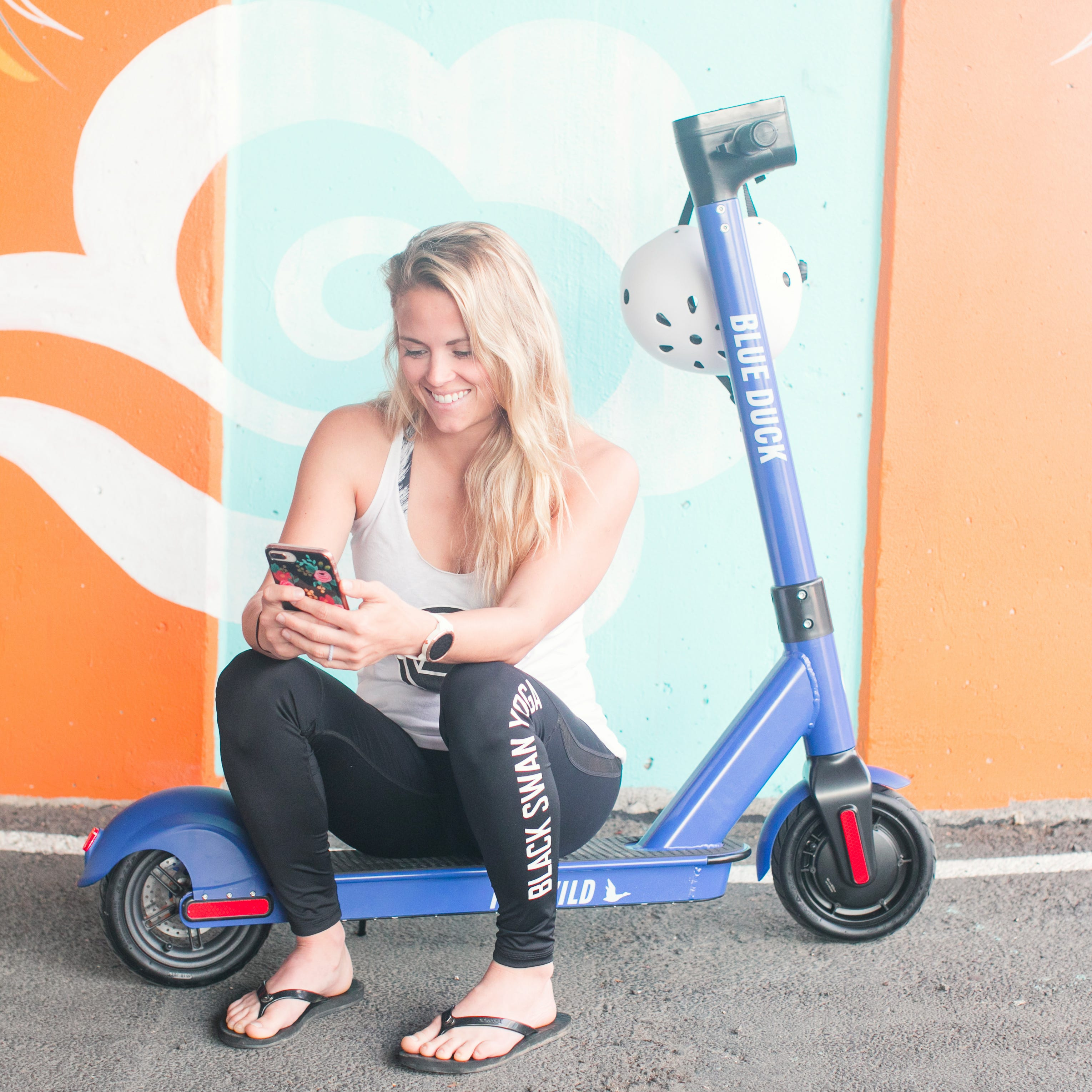 Blue Duck Scooters transit system arrives in Pensacola for trial run