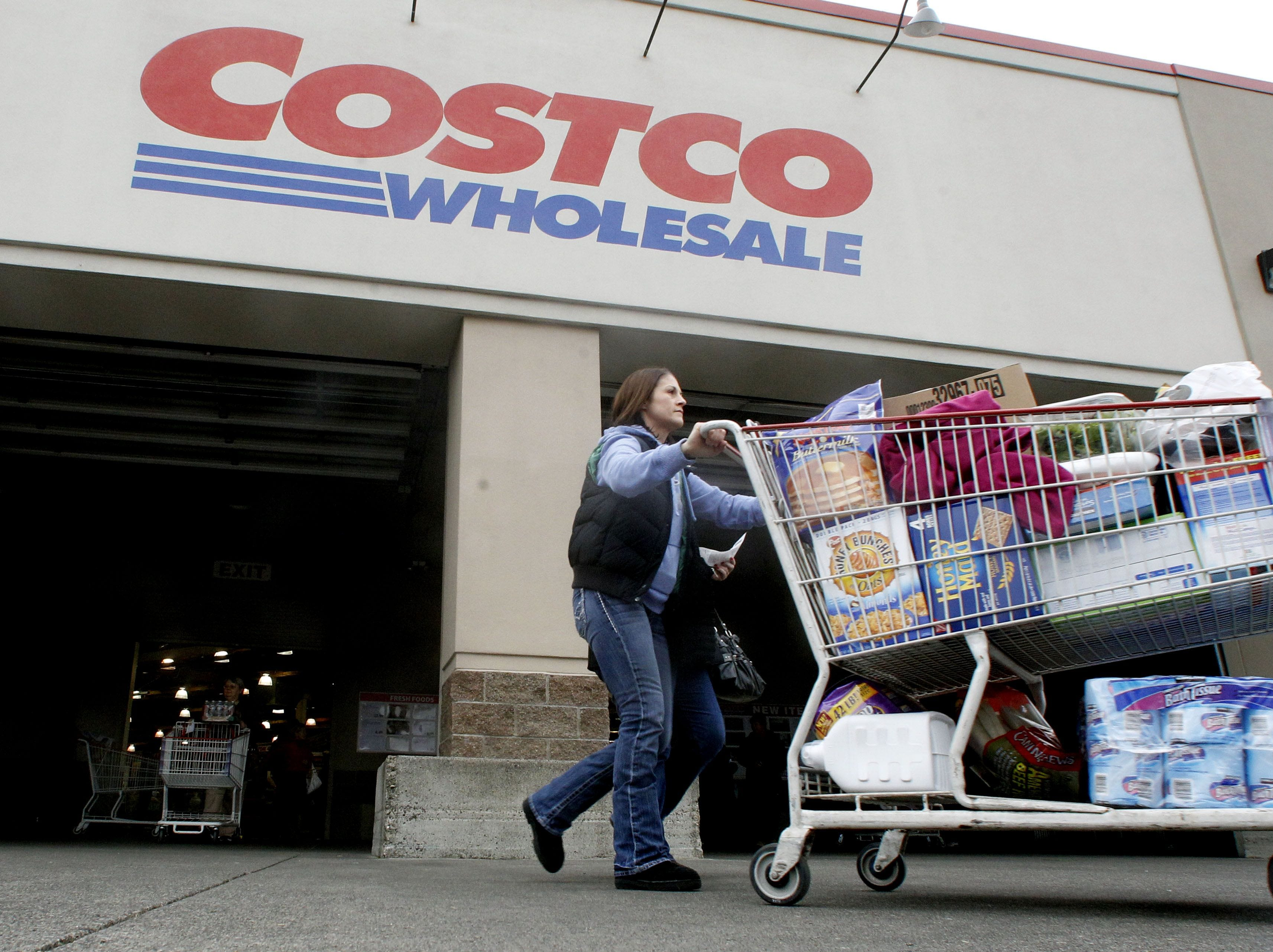No. 29: Costco Wholesale  Corp. | Membership warehouse stores | 2019 employees: 5,569 | 2018 employees: 5,267 | Ownership: Public | Headquarters: Issaquah, Washington | www.costco.com
