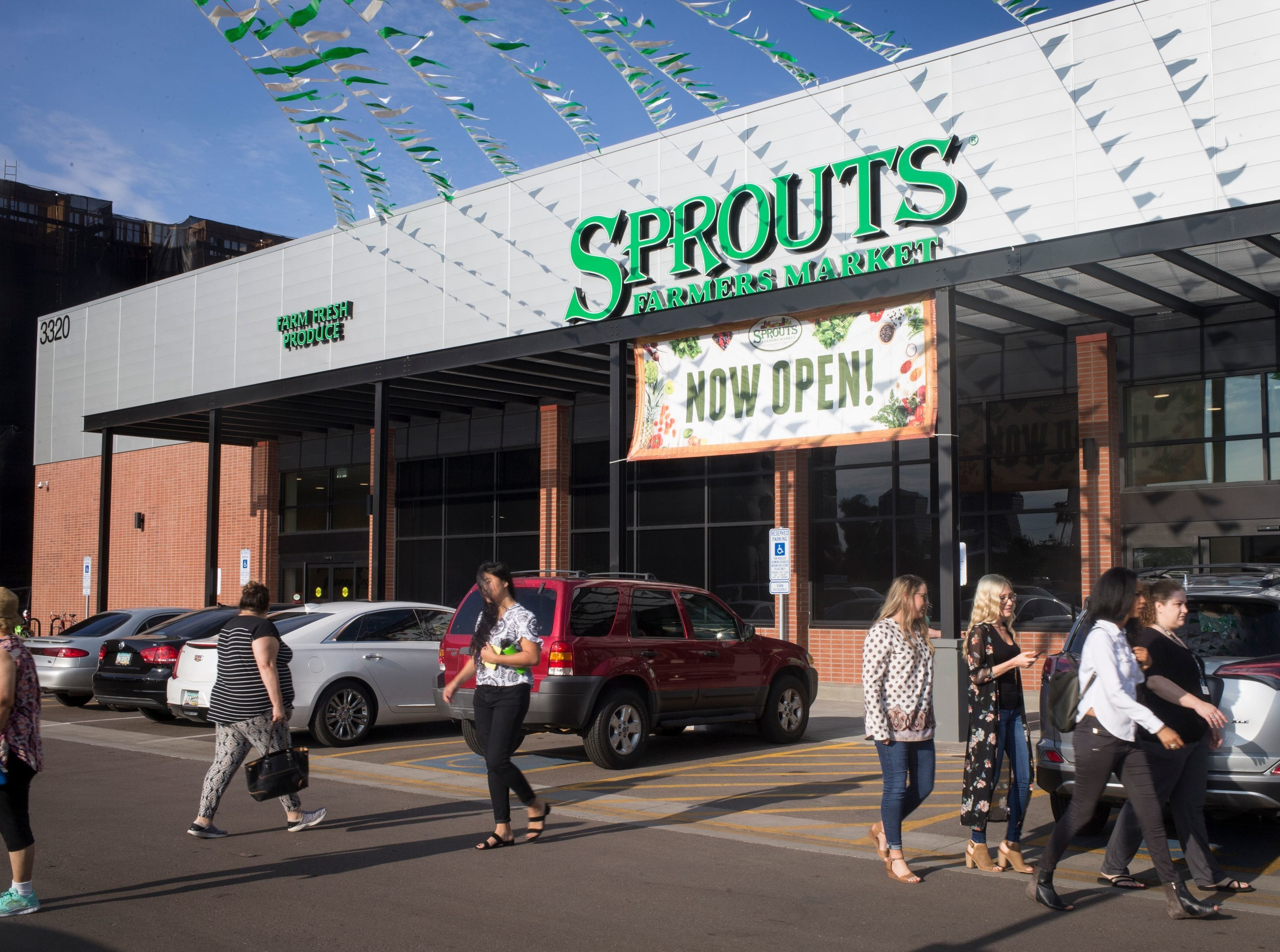 No. 37: Sprouts Farmers Market Inc. | Health-focused markets | 2019 employees:  4,526 | 2018 employees: 4,263 | Ownership: Public | Headquarters: Phoenix | www.sprouts.com