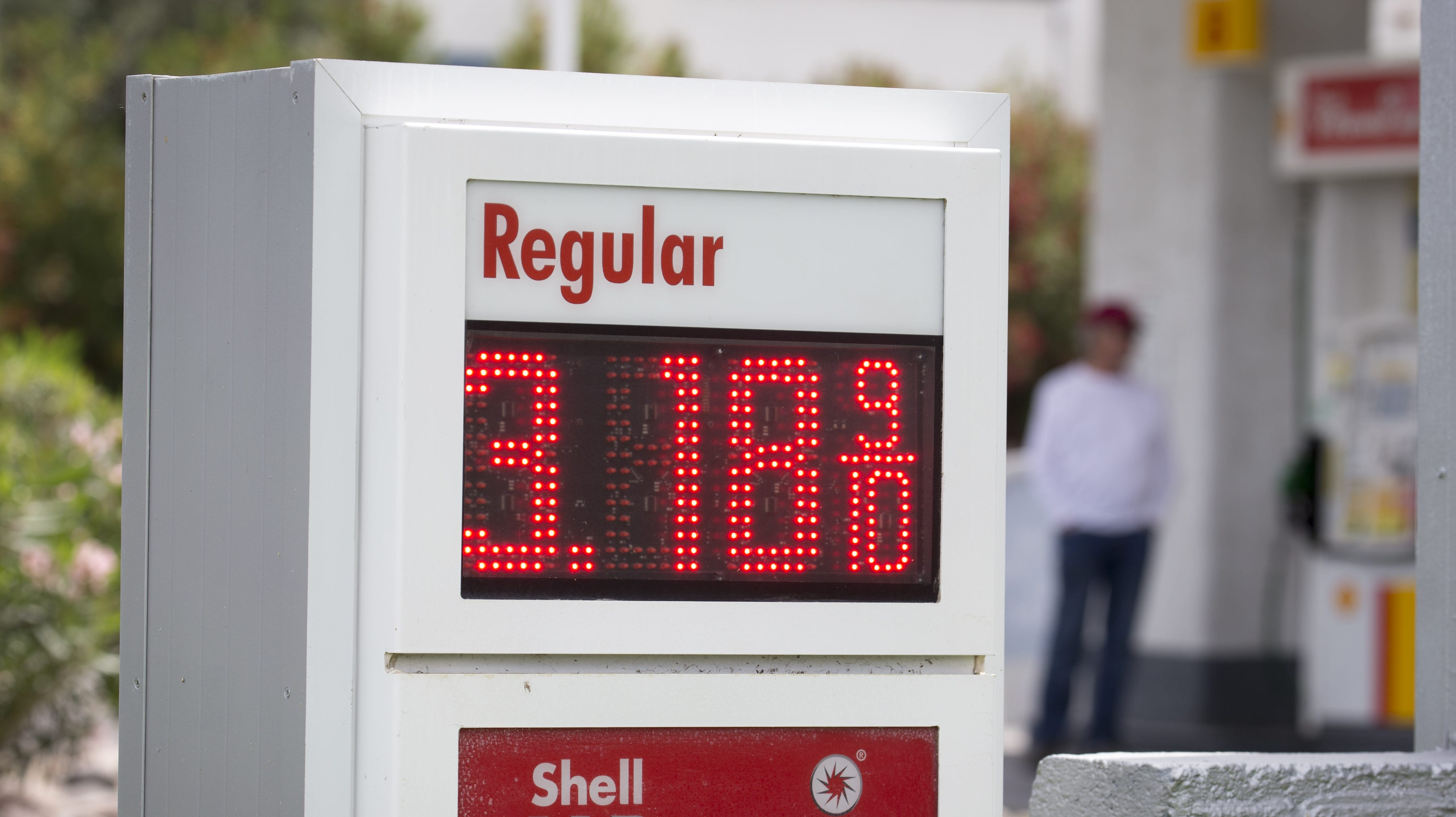 Gas Prices Tucson >> Phoenix Gas Price Tops 3 Per Gallon With More Increases Predicted