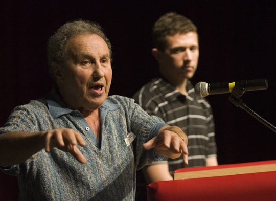Holocaust survivor Alexander White answers students' questions at Phoenix's Central High School.