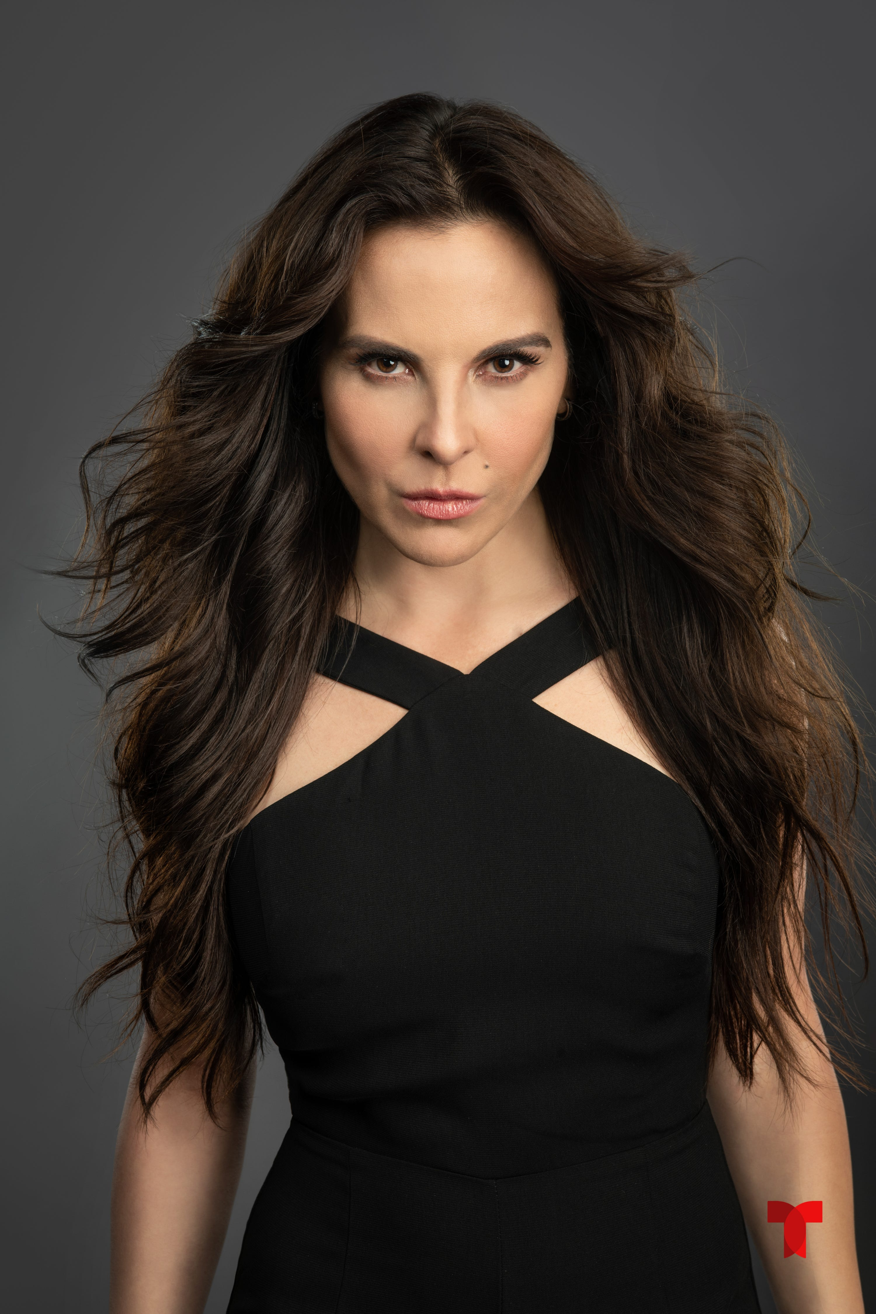 The 48-year old daughter of father (?) and mother(?) Kate Del Castillo in 2021 photo. Kate Del Castillo earned a  million dollar salary - leaving the net worth at  million in 2021