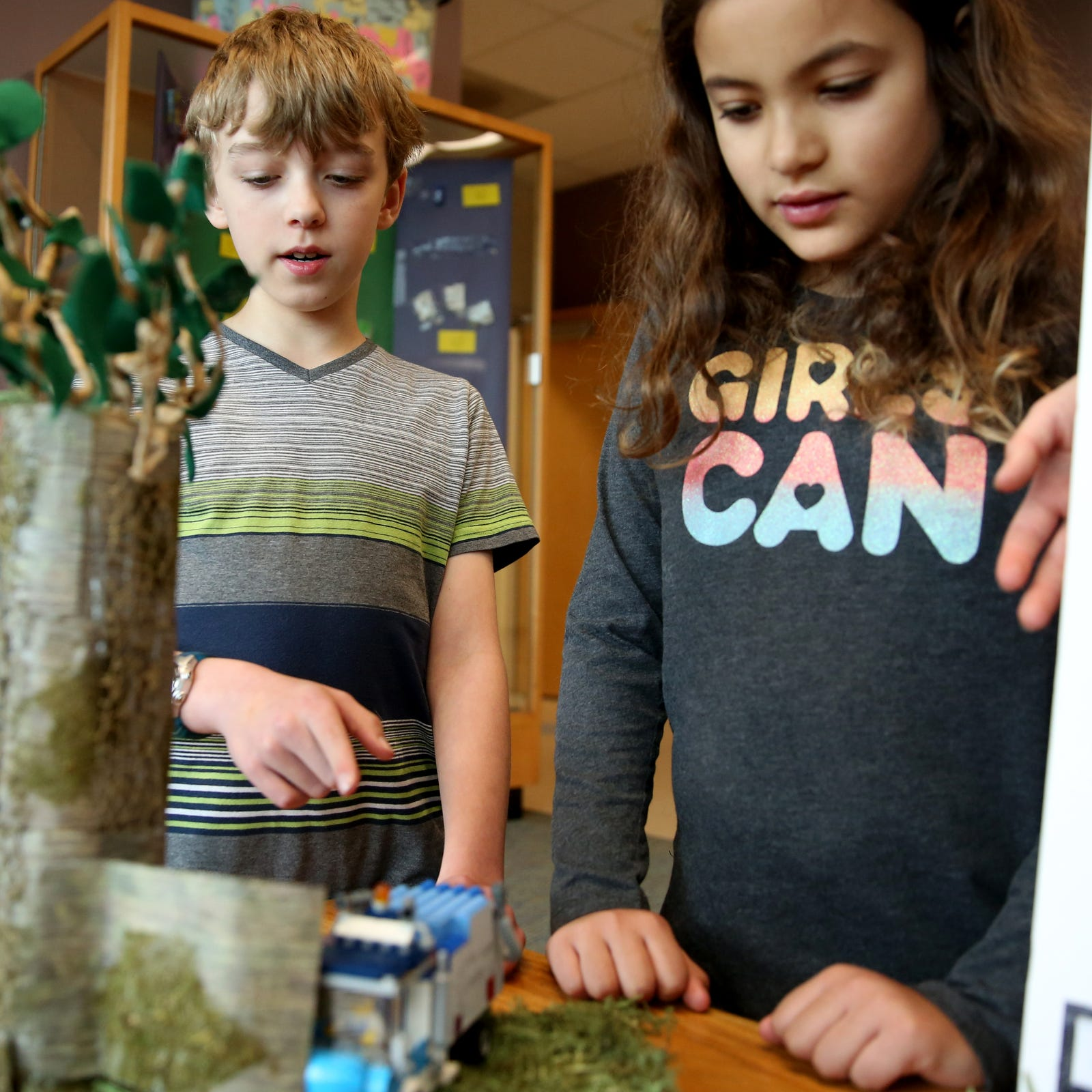 Salem fourth graders recognized for their futuristic idea to reduce noise pollution