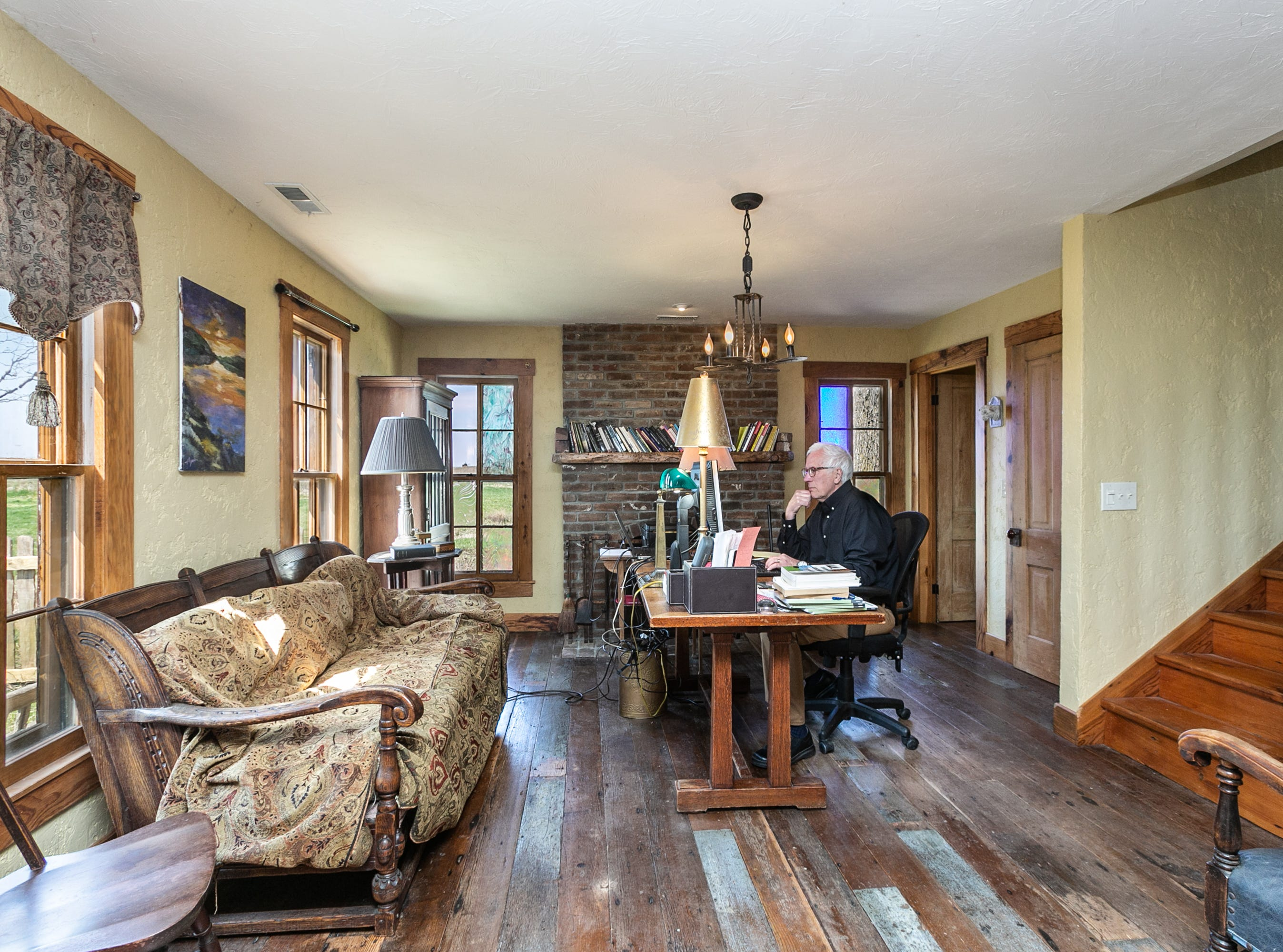Bill Jefferson in his Writer's Cottage on April 2nd, 2019.