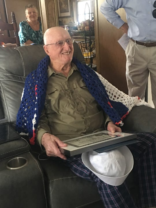 Big Bend Hospice's (BBH) Valor Team recently honored L. Kent Murphy, a Navy Korean War Veteran who served as an Aviation Boatswain's Mate, Petty Officer First Class (AB1), aboard the USS Valley Forge (CV-45).