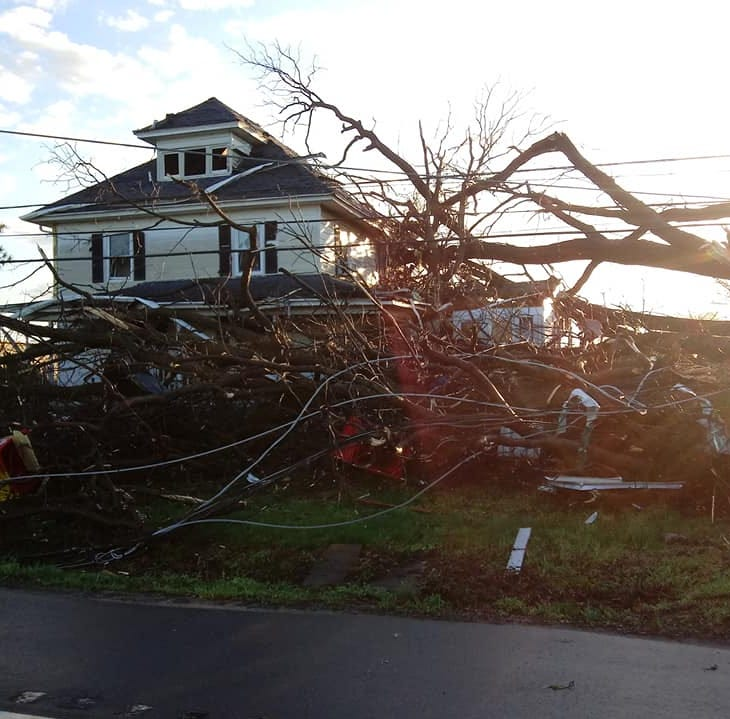 After severe thunderstorms in Delaware, schools closed, power out, some roads impassable