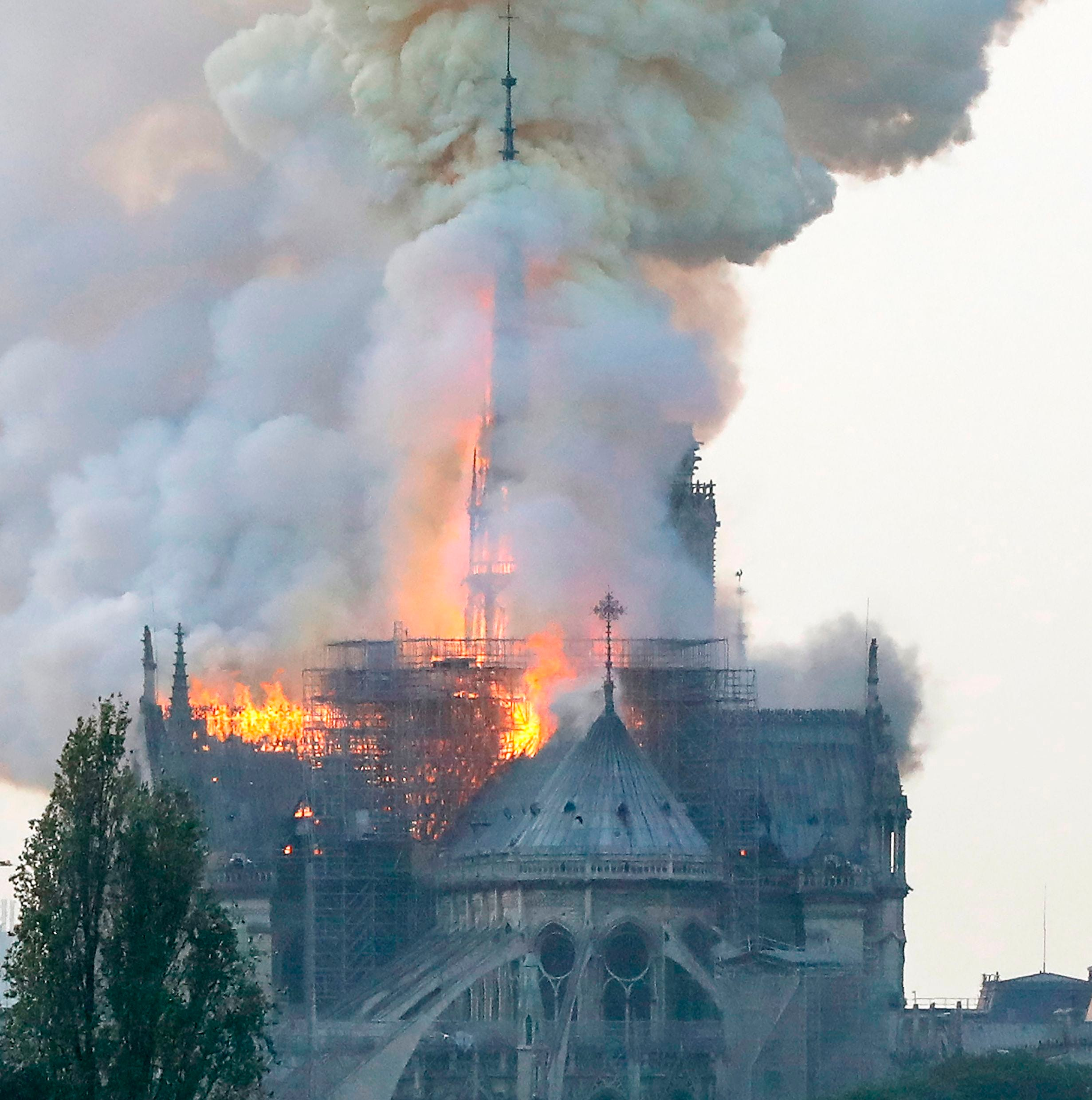 People take to Twitter to show horrifying blaze at Notre Dame cathedral