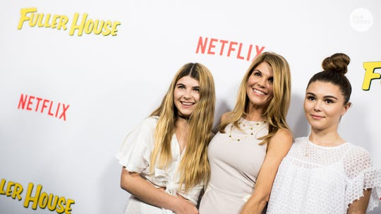 Lori Loughlin's daughters, Olivia Jade and Isabella Giannulli, are no longer USC students
