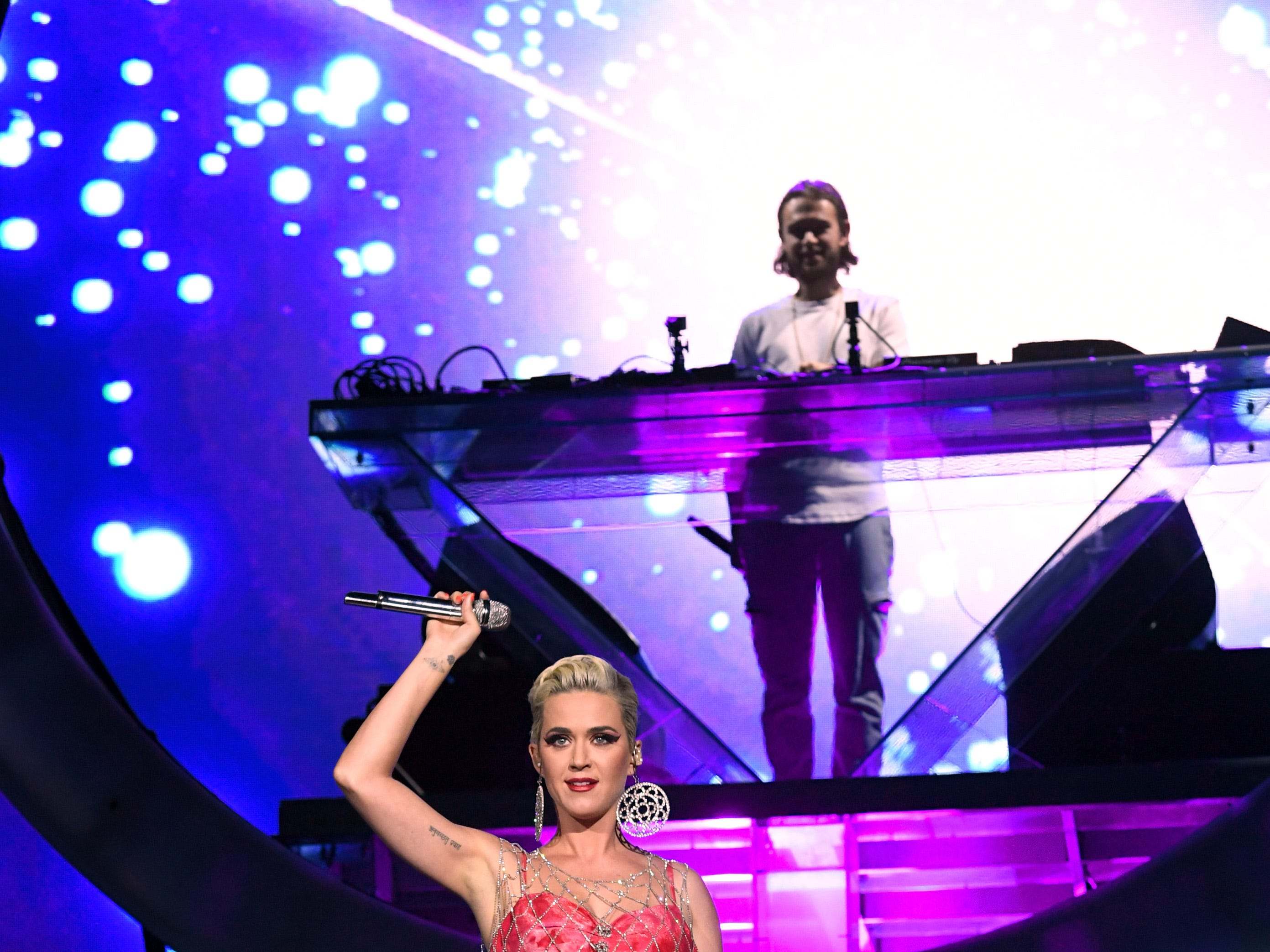 INDIO, CA - APRIL 14:  Katy Perry performs onstage with Zedd at Coachella Stage during the 2019 Coachella Valley Music And Arts Festival on April 14, 2019 in Indio, California.  (Photo by Kevin Winter/Getty Images for Coachella) ORG XMIT: 775322963 ORIG FILE ID: 1137222011