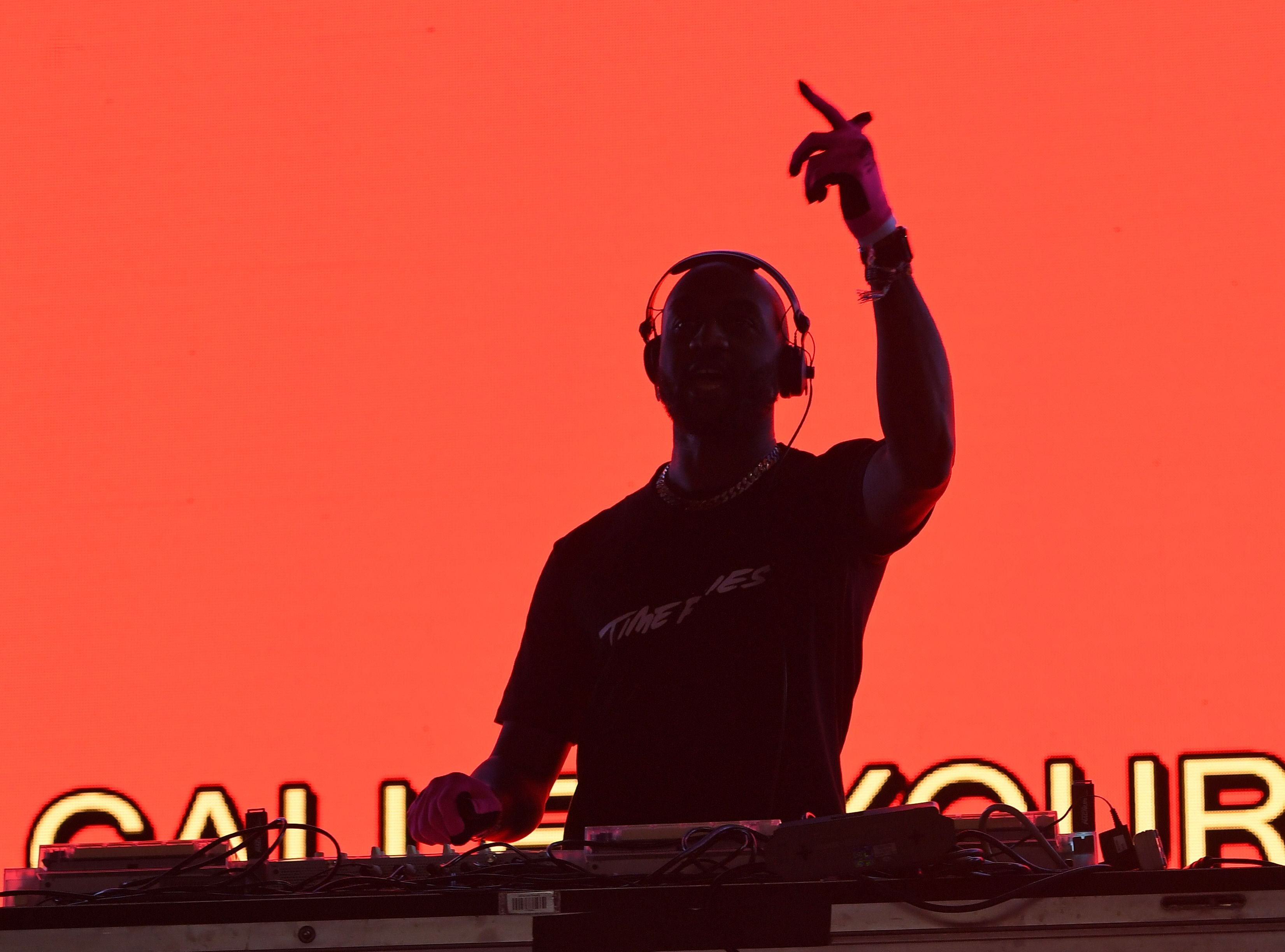 US fashion designer and DJ Virgil Abloh performs on stage at the Coachella Valley Music and Arts Festival on April 13, 2019, in Indio, California. (Photo by VALERIE MACON / AFP)VALERIE MACON/AFP/Getty Images ORIG FILE ID: AFP_1FM81S