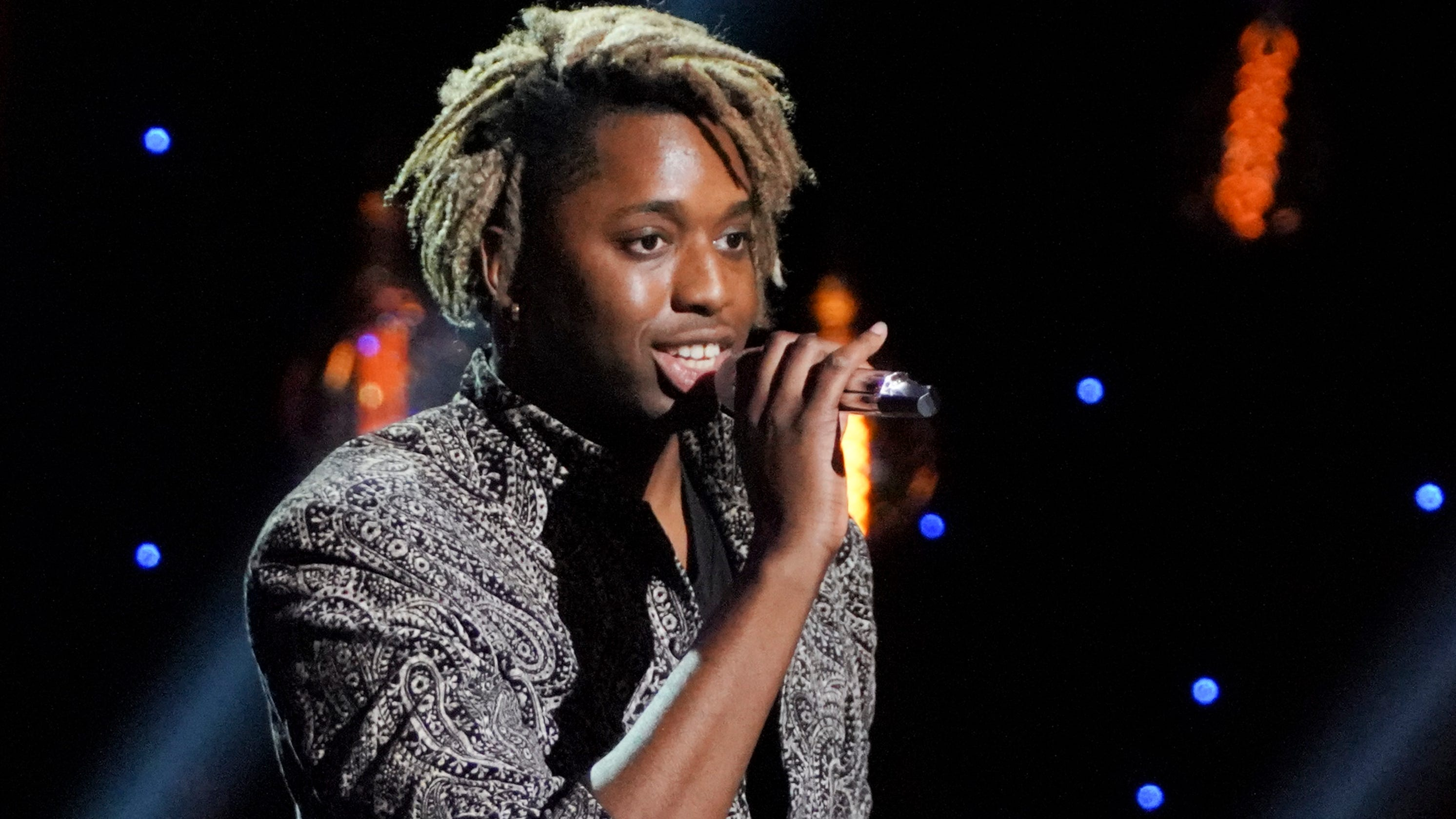 'American Idol': Uche makes Katy Perry convulse with sexy Bruno Mars cover