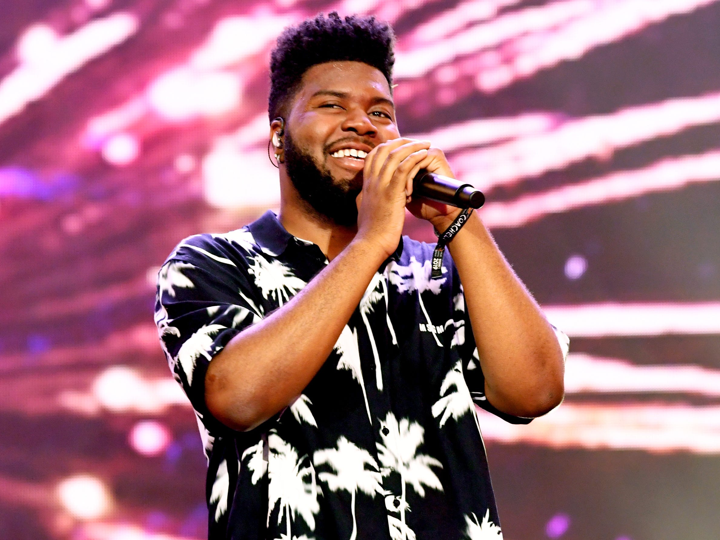 INDIO, CA - APRIL 14:  Khalid performs on Coachella Stage during the 2019 Coachella Valley Music And Arts Festival on April 14, 2019 in Indio, California.  (Photo by Kevin Winter/Getty Images for Coachella) ORG XMIT: 775277732 ORIG FILE ID: 1137242921