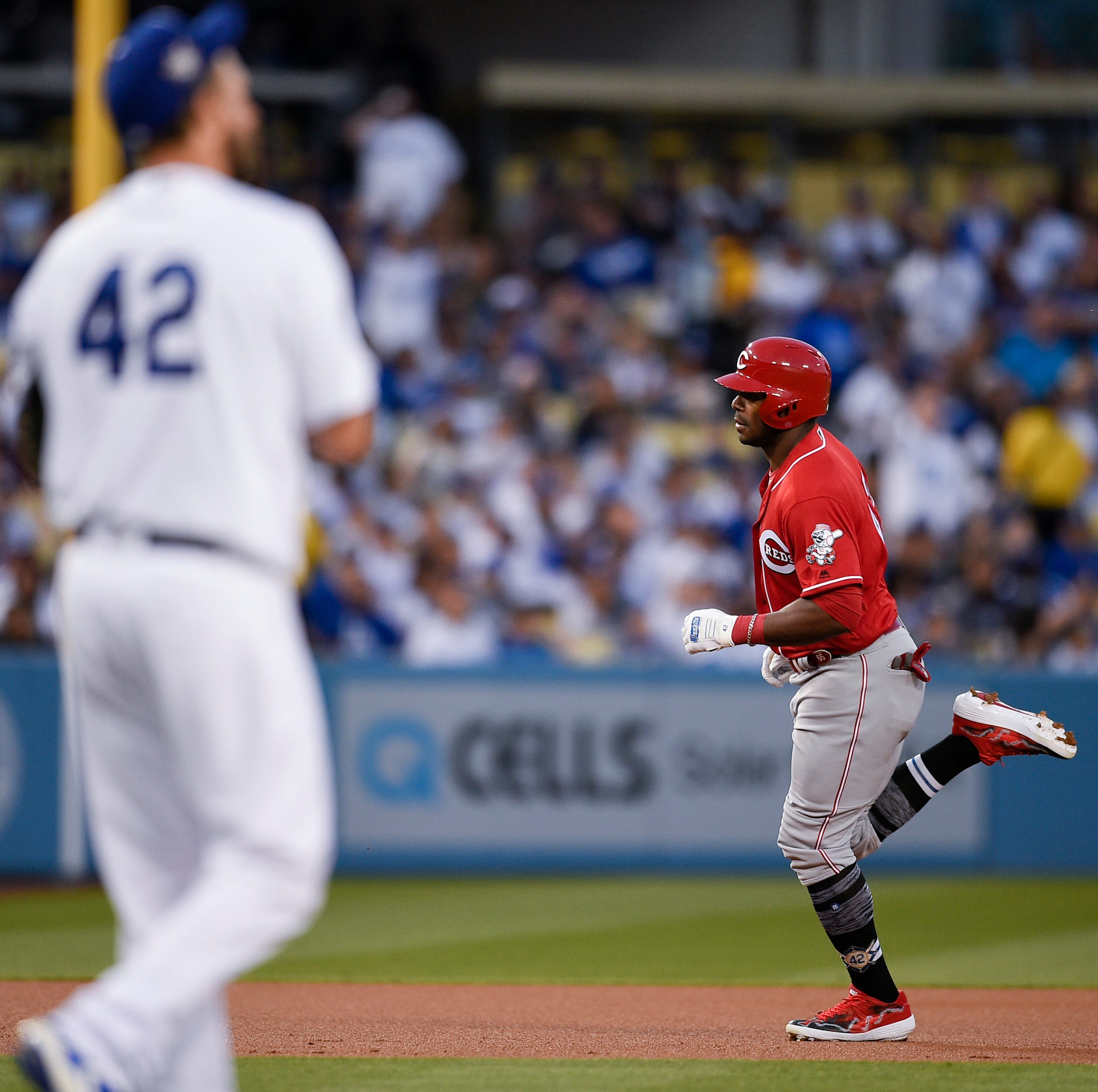 TMZ report: Here's why Reds slugger Yasiel Puig was late for Dodgers ring ceremony