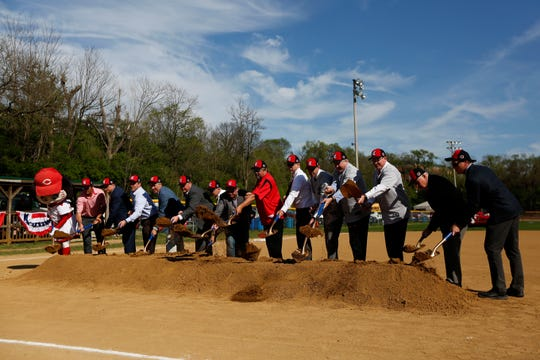Bellevue Legacy Project honors Groeschen family, who has baseball ties to the community