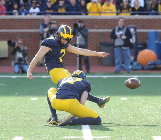 Michigan kicker Jake Moody kicks a field goal during the spring game Saturday, April 13, 2019 at Michigan Stadium in Ann Arbor.