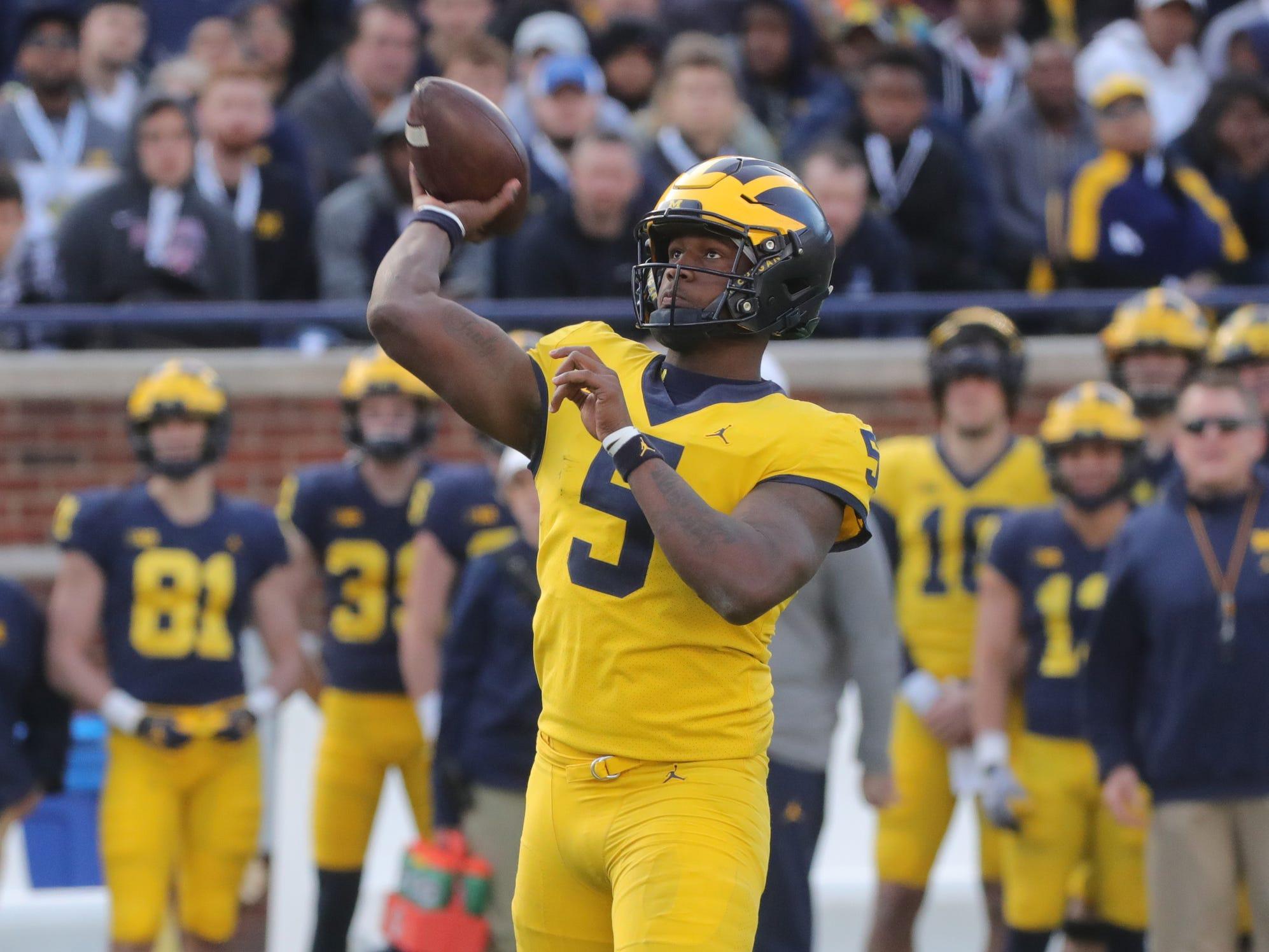 Michigan quarterback Joe Milton passes during the spring game Saturday, April 13, 2019 at Michigan Stadium in Ann Arbor.