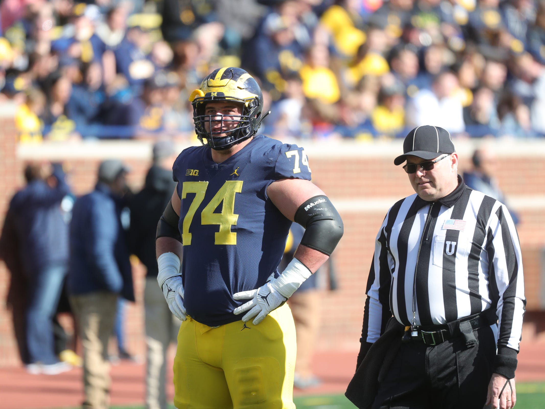 Michigan offensive lineman Ben Bredeson lines up during the spring game Saturday, April 13, 2019 at Michigan Stadium in Ann Arbor.