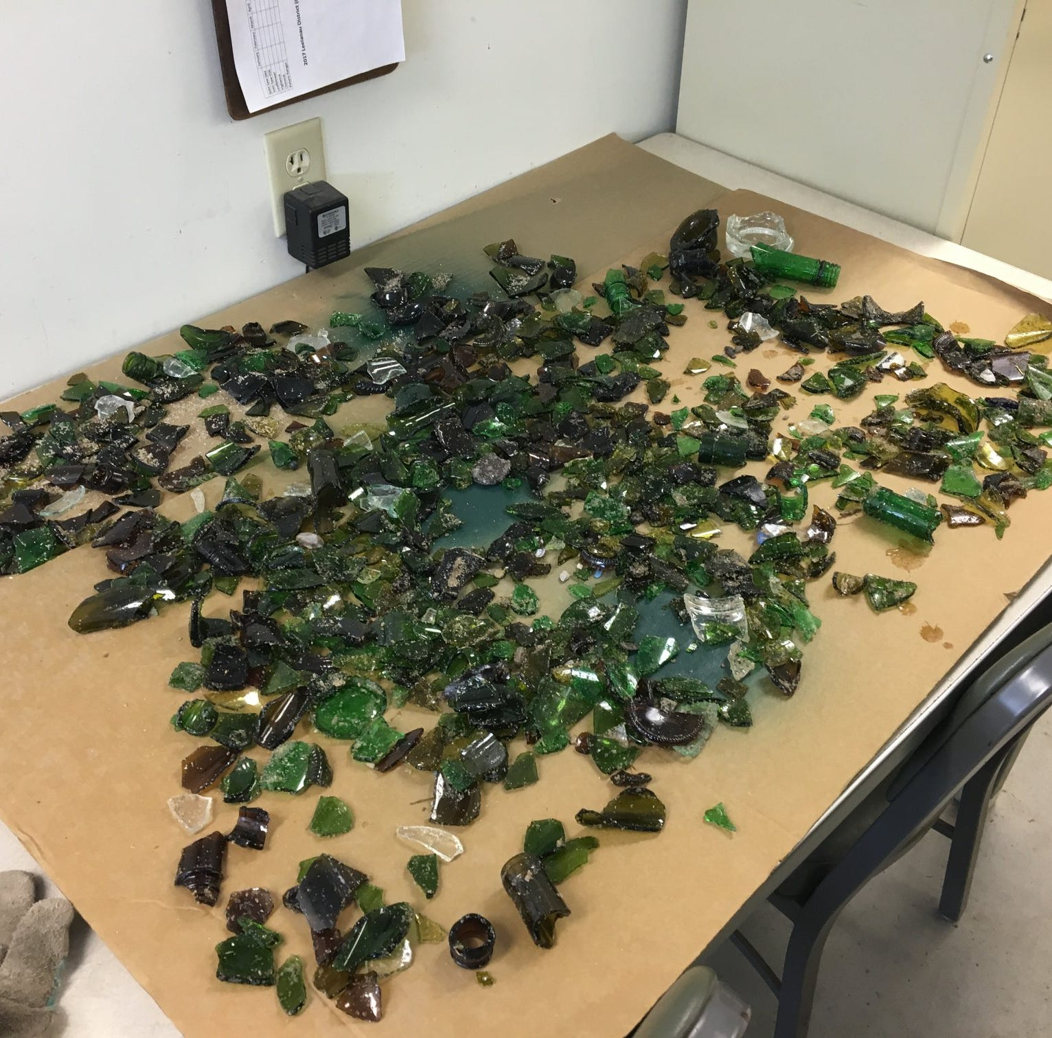 Shattered glass 'deliberately' spread along Sleeping Bear Dunes beach