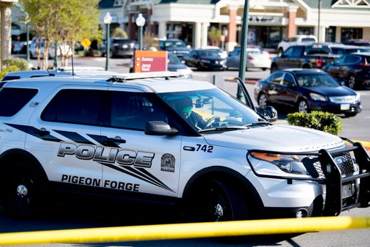 2 dead in 'random' shooting at Sevierville's Tanger Outlets