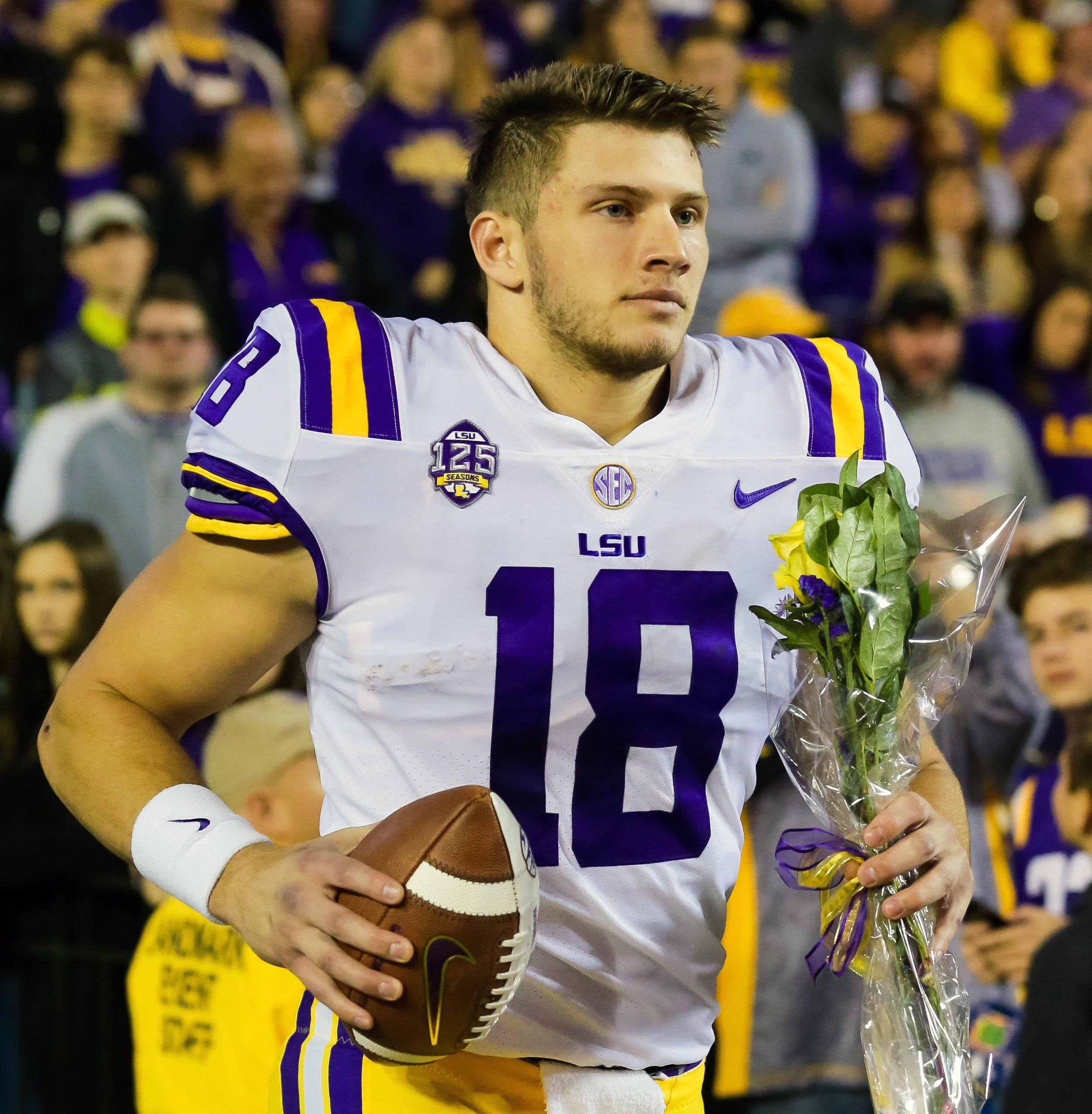 Oakland picks LSU tight end Foster Moreau with the 35th pick of the draft's fourth round