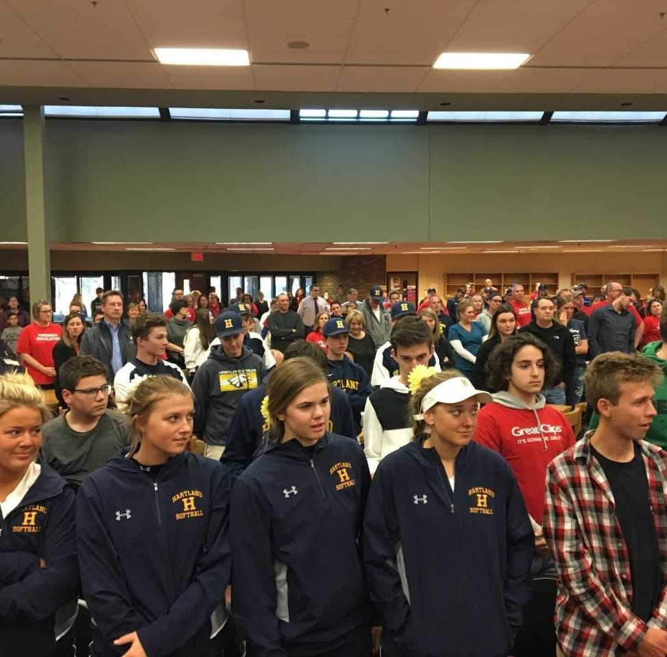 Hartland teacher Brian Morrison, on leave, draws crowd of support at school board meeting