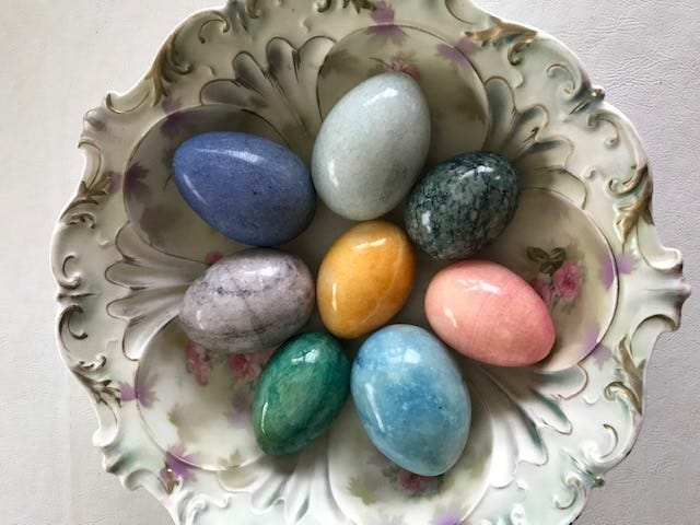These polished stone eggs prompted Mary Lee to research precious stone and agate eggs to find more information on them.