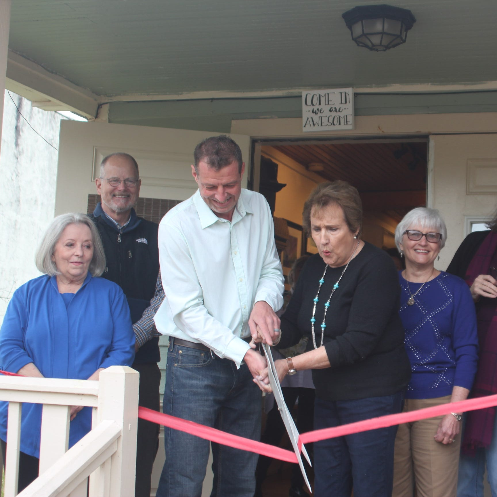 Art gallery opens in Cotter