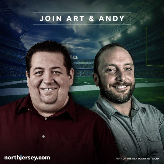 Giants writer Art Stapleton, left, and Jets writer Andy Vasquez of The Record and NorthJersey.com